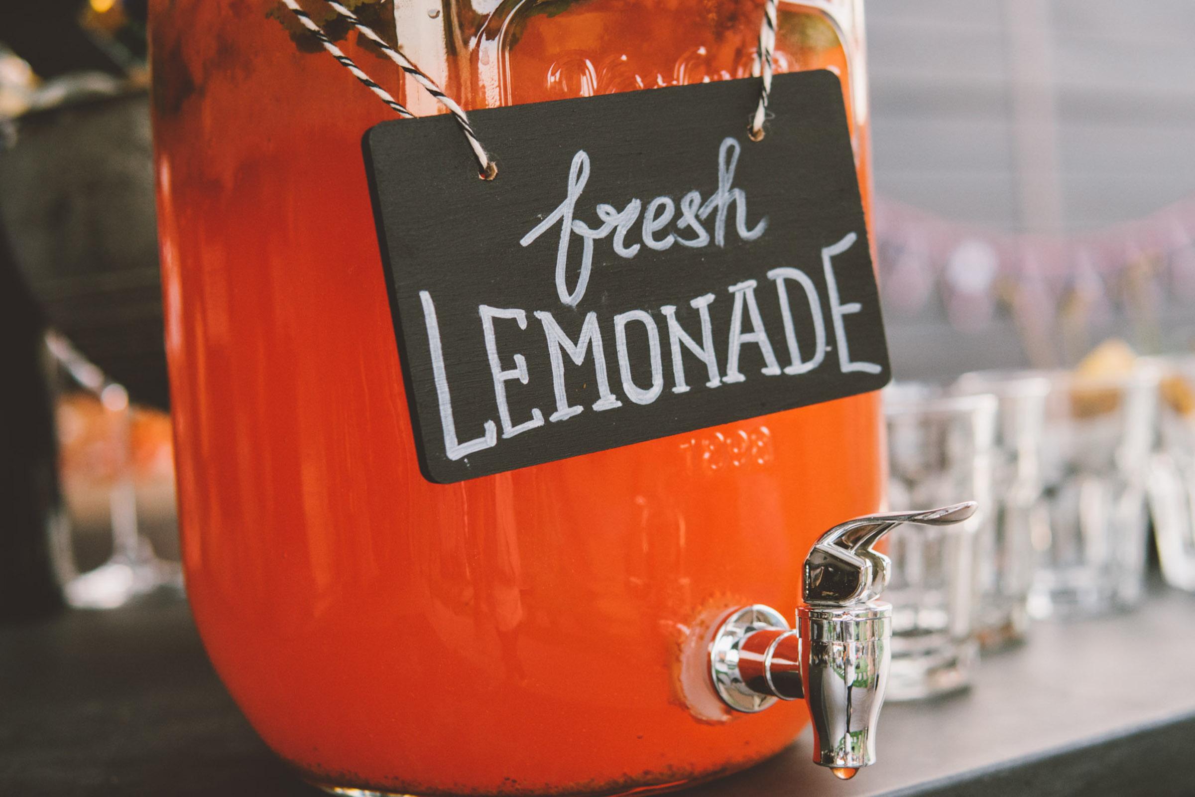 Mobile | Cocktailbar | Hochzeit | Sektempfang | Barkeeper | Buchen | Mieten | Geburtstag | Ape | VW | Bar | Getränke | Catering | Foodtruck | Ginbar | Weinbar | Sektbar | Kaffeebar | Messe | Bowle