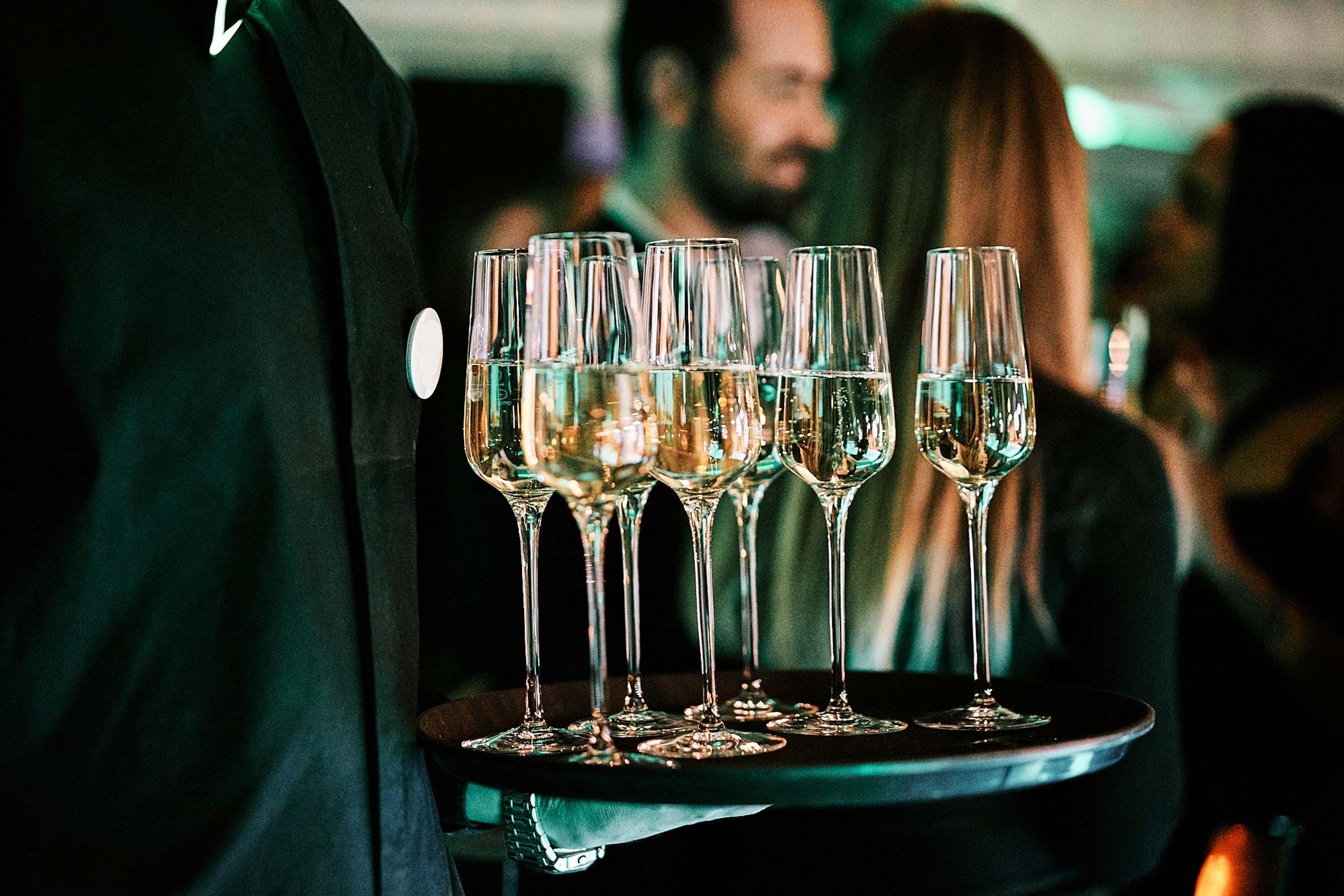 Mobile | Cocktailbar | Hochzeit | Sektempfang | Barkeeper | Buchen | Mieten | Geburtstag | Ape | VW | Bar | Getränke | Catering | Foodtruck | Ginbar | Weinbar | Sektbar | Kaffeebar | Messe | Empfang