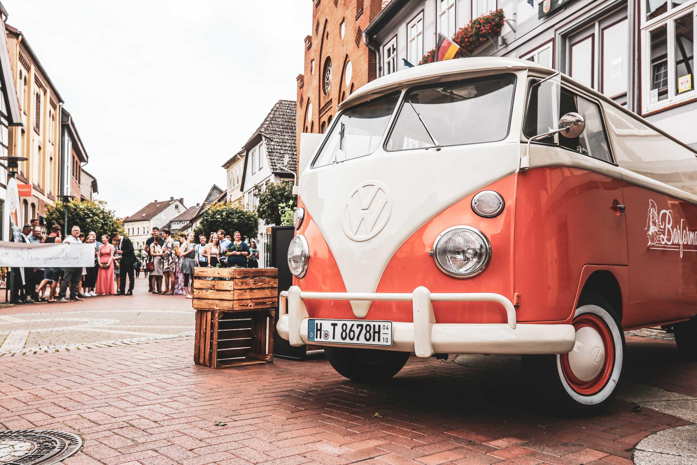 Mobile | Cocktailbar | Hochzeit | Sektempfang | Barkeeper | Buchen | Mieten | Geburtstag | Ape | VW | Bar | Getränke | Catering | Foodtruck | Weinbar | Sektbar | Ginbar | Kaffeebar | Messe | Theke