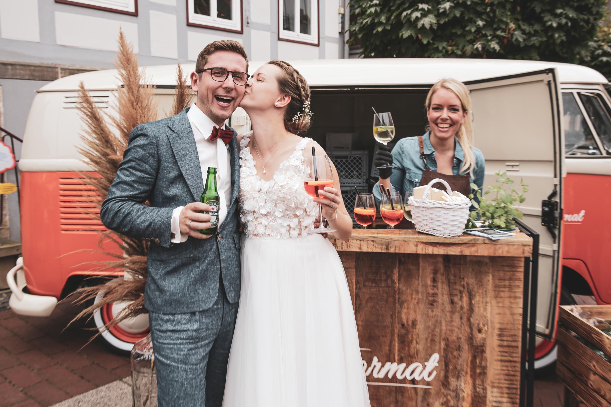 Mobile | Cocktailbar | Hochzeit | Sektempfang | Barkeeper | Buchen | Mieten | Geburtstag | VW | Bar | Ape | Getränke | Catering | Foodtruck | Weinbar | Ginbar | Sektbar | Kaffeebar | Messe