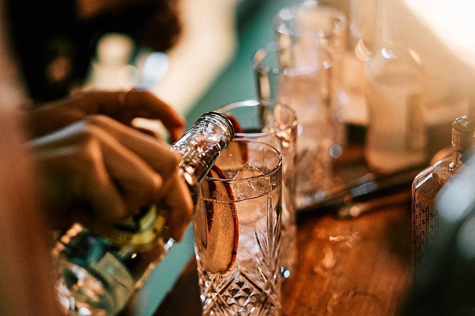 Mobile | Cocktailbar | Hochzeit | Sektempfang | Barkeeper | Mieten | Buchen | Geburtstag | Ape | VW | Bar | Getränke | Catering | Foodtruck | Weinbar | Ginbar | Sektbar | Kaffeebar | Messe | Firmenfeier