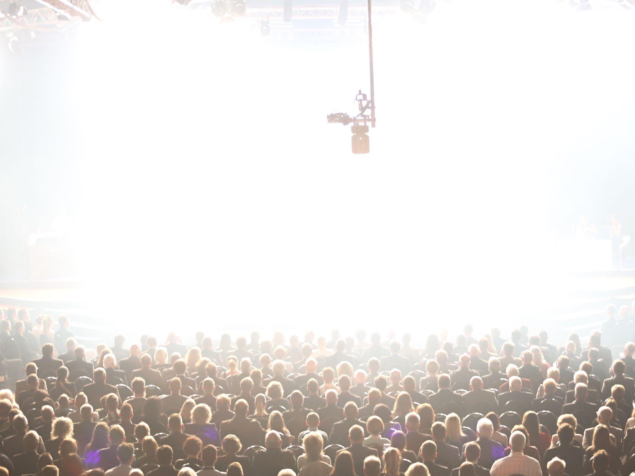 Band | Hannover | Liveband | Livemusik | Walking | Act | Partyband | Jazzband | Swingband | Loungeband | Popband | Jazz | Saxophonist | Bühnenshow | Konzert | Hochzeit | Messe | Firmenfeier | Charity | Gala | Buchen | Anfragen