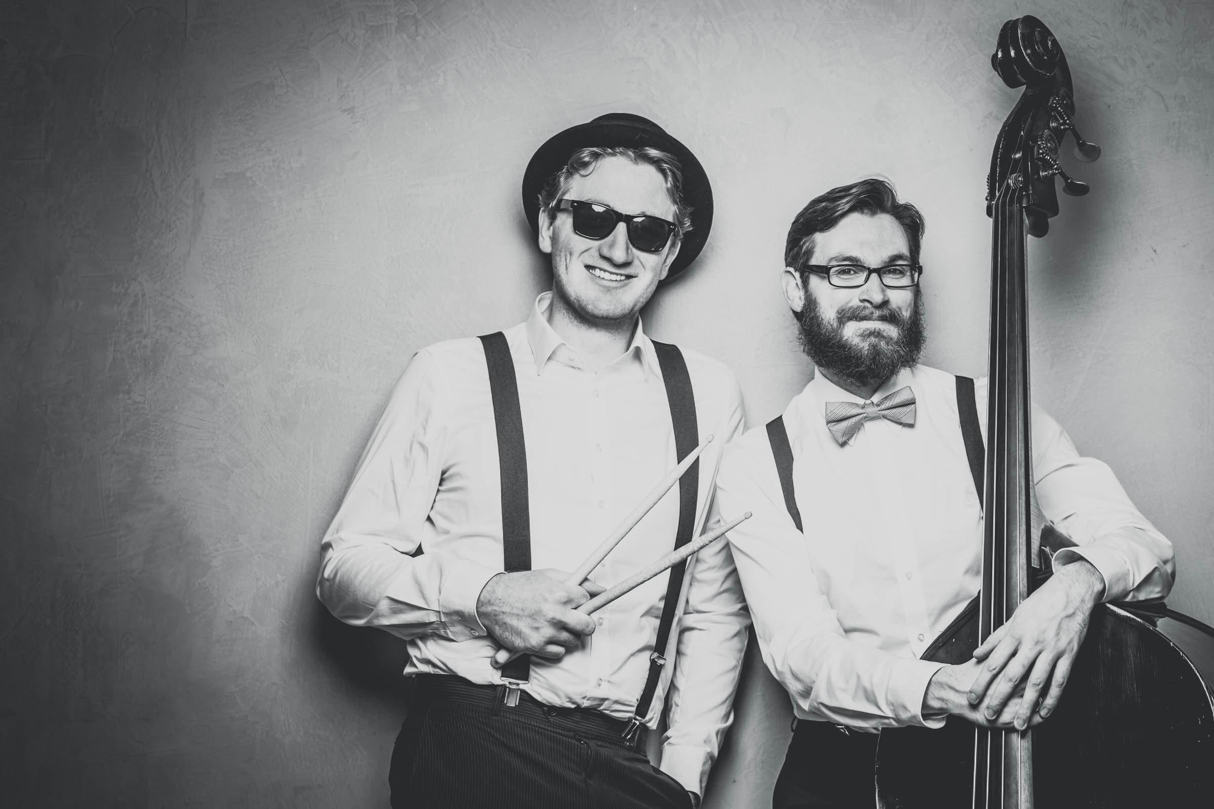 Band | Hochzeit | Hannover | Empfang | Sektempfang | Livemusik | Partyband | Loungeband | Dinnerband | Jazz | Swing | Pop | Lounge | Hochzeitsband | Messe | Firmenfeier | Buchen | Mieten | Anfragen | Lehmann | Eventservice