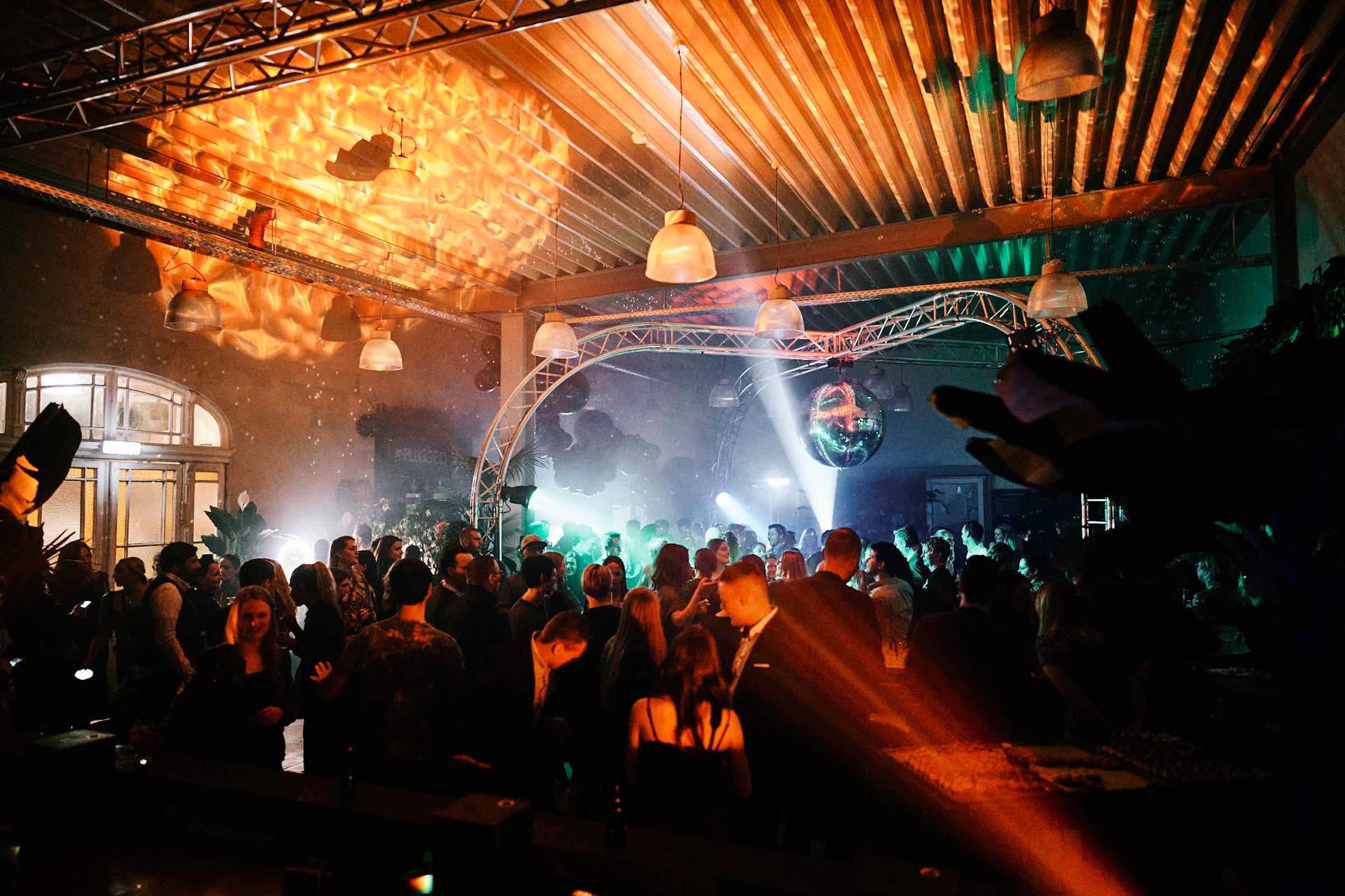 DJ |Hannover |DJ |Agentur |Hochzeit |DJ |Messe |DJ |Firmenevent |Firmenfeier |DJ |Geburtstag |Discjockey |Weihnachtsfeier |DJ |Sommerfest |Event |Buchen |Anfragen |Lehmann |Eventservice