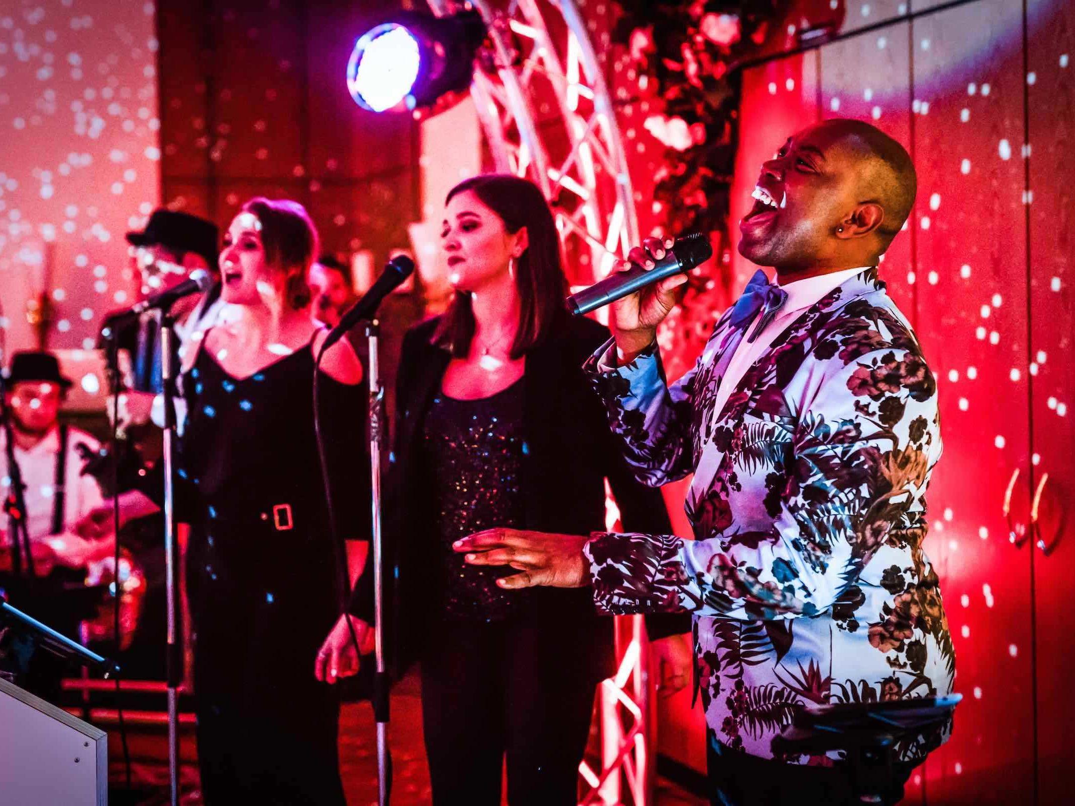 Partyband | Hochzeit | Hannover | Buchen | Liveband | Livemusik | Pop | Swing | Jazz | Band | Sänger | Empfang | Standesamt | Messe | Firmenfeier | Buchen | Mieten | Anfragen | Lehmann | Eventservice
