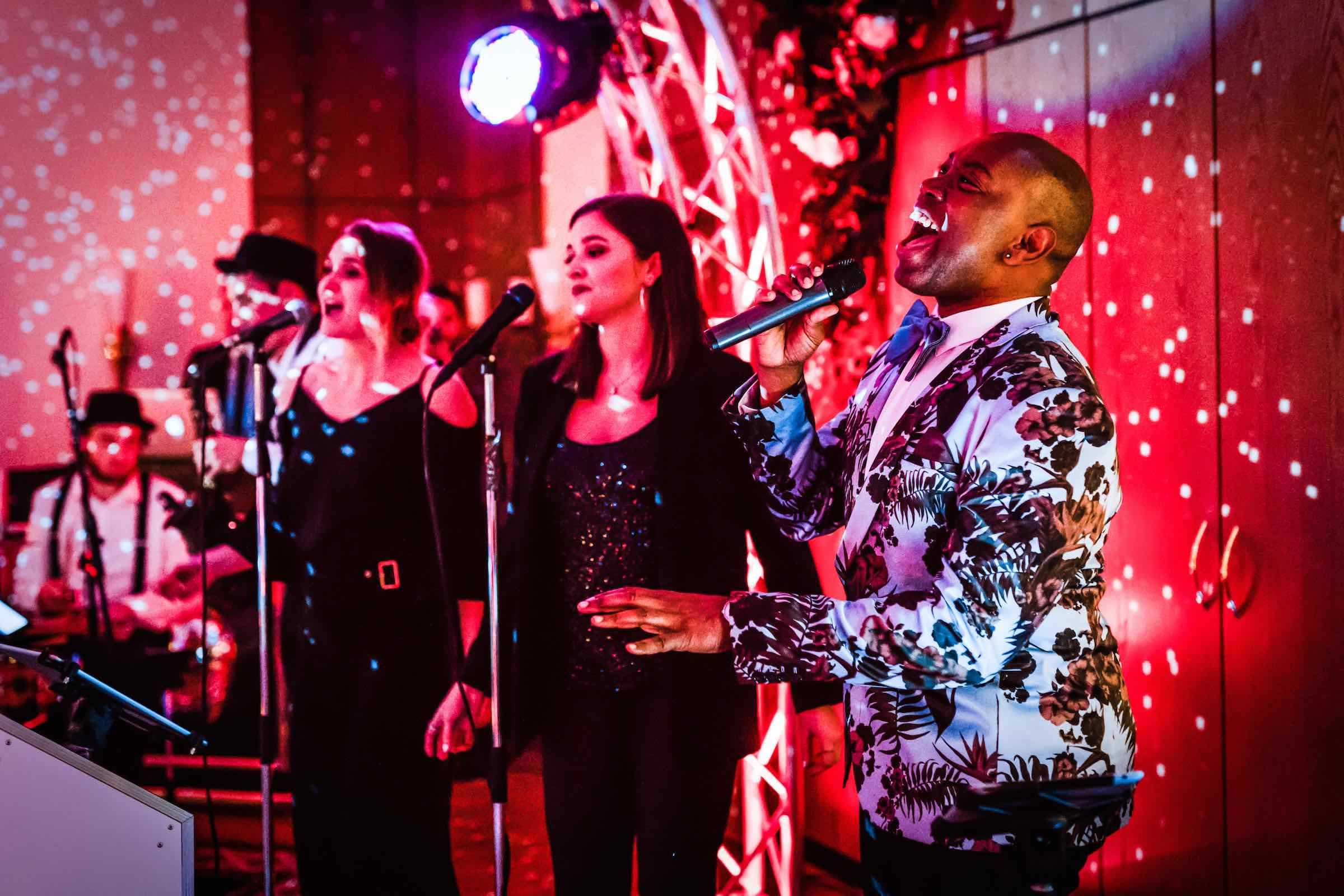 Partyband   Hochzeit   Hannover   Buchen   Liveband   Livemusik   Pop   Swing   Jazz   Band   Sänger   Empfang   Standesamt   Messe   Firmenfeier   Buchen   Mieten   Anfragen   Lehmann   Eventservice