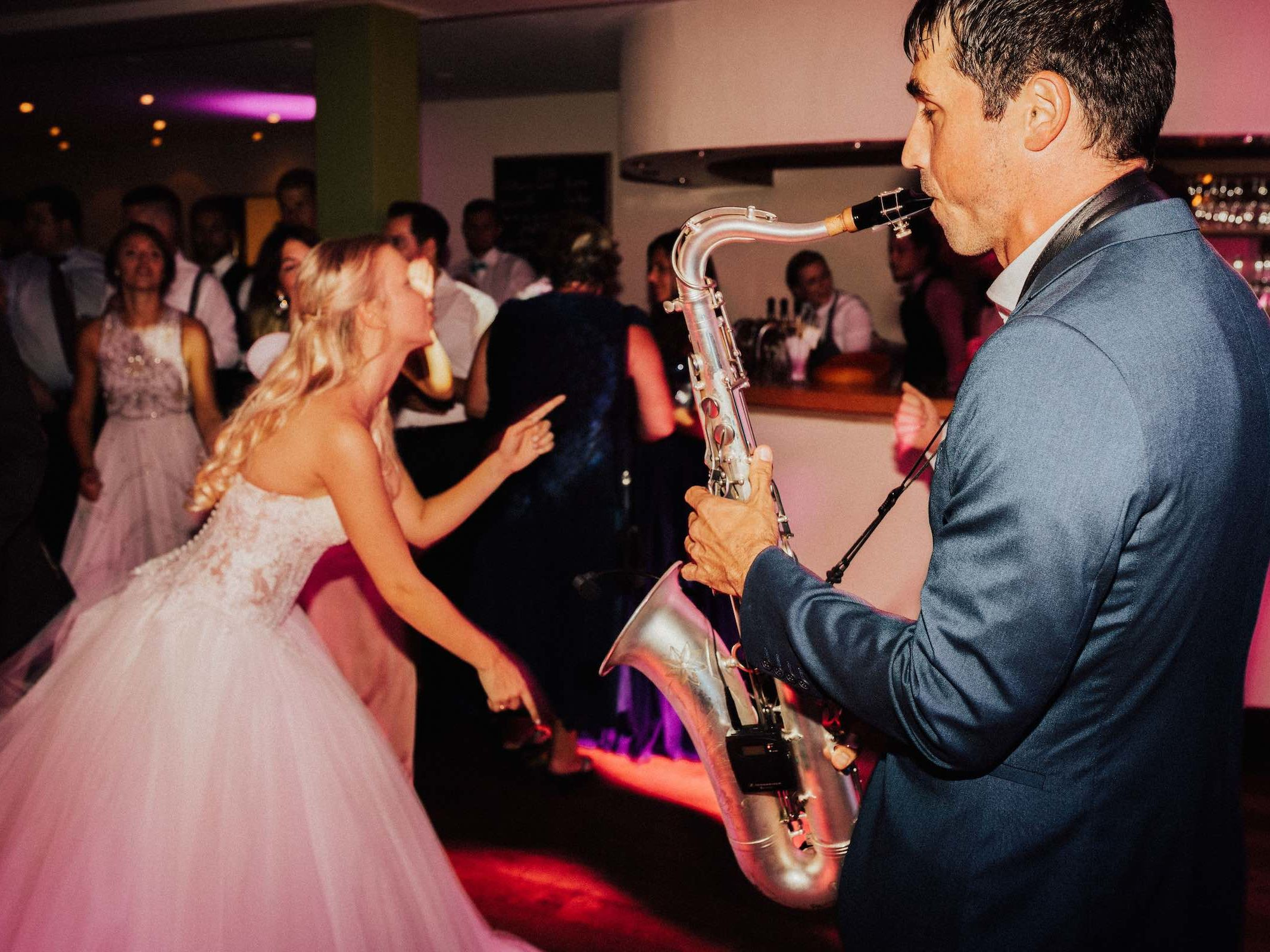 Saxophonist |Hannover |Buchen |DJ |Combo |Hochzeit |Empfang |Dinner |Livemusik |Musiker |Künstler |Party |Swing |House |90er |Electro |Lounge |Saxophon |Messe |Firmenfeier |Charity |Party
