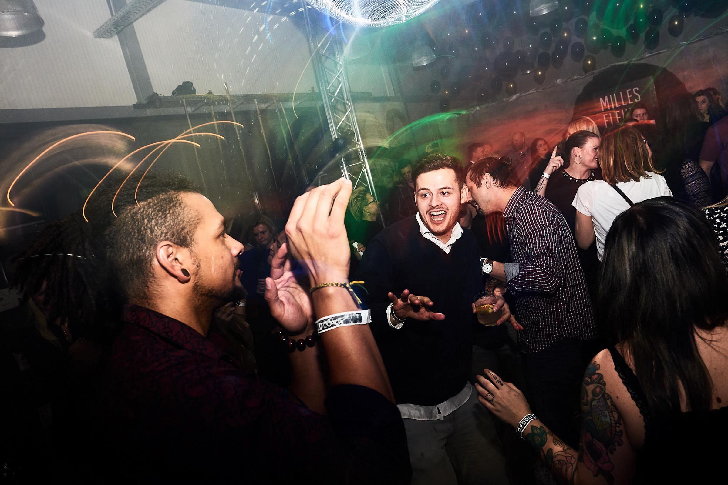DJ | Geburtstag | DJ | Agentur | DJ | Messe | DJ | Firmenevent | Firmenfeier | DJ | Weihnachtsfeier | DJ | Sommerfest | DJ | Weihnachtsfeier | DJ | Party | Event | Buchen | Anfragen | Lehmann | Eventservice