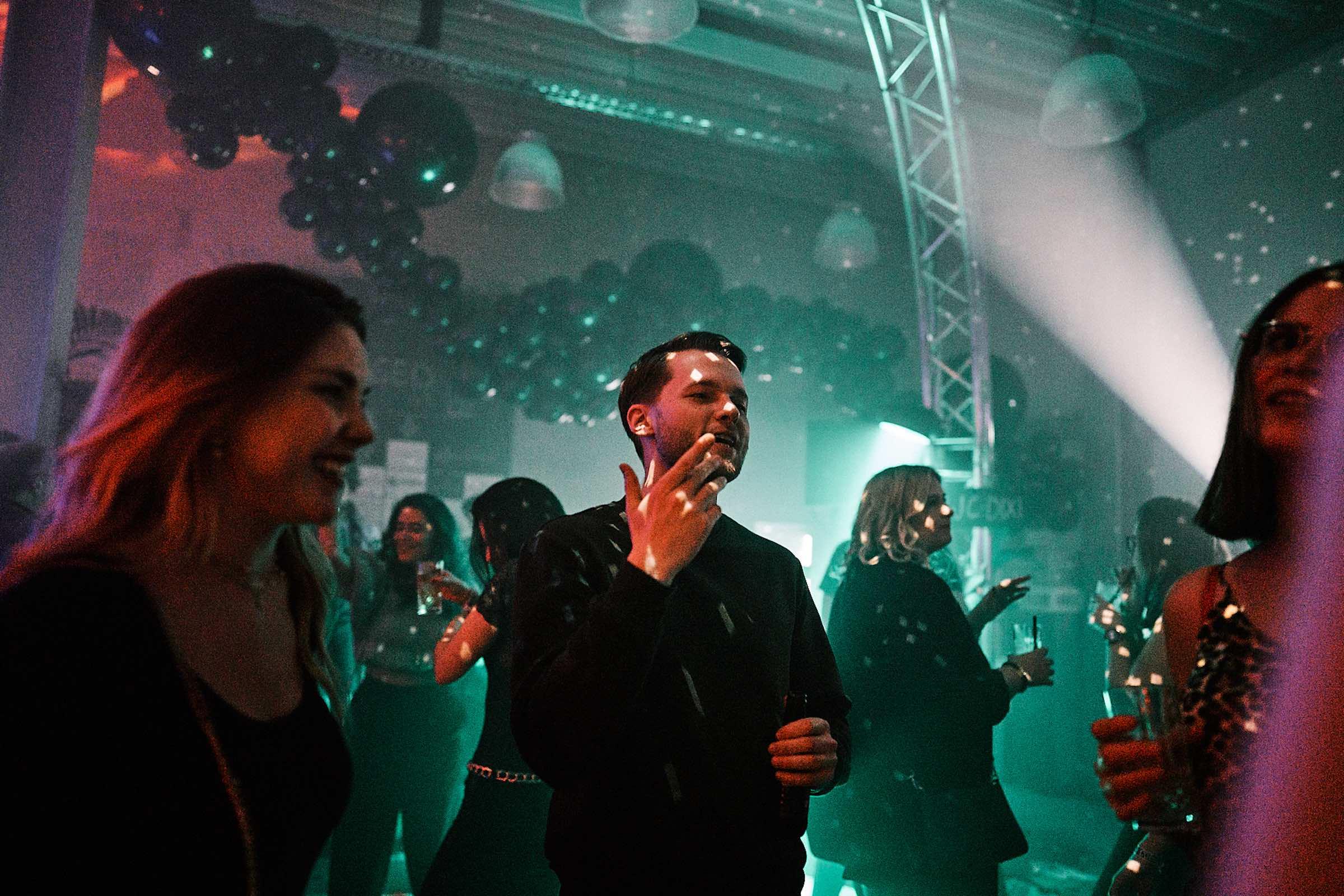 DJ | Hannover | DJ | Agentur | DJ | Messe | Hochzeits | DJ | Hannover | DJ | Firmenevent | Firmenfeier | DJ | Geburtstag | DJ | Weihnachtsfeier | DJ | Sommerfest | Buchen | Anfragen | Lehmann | Eventservice