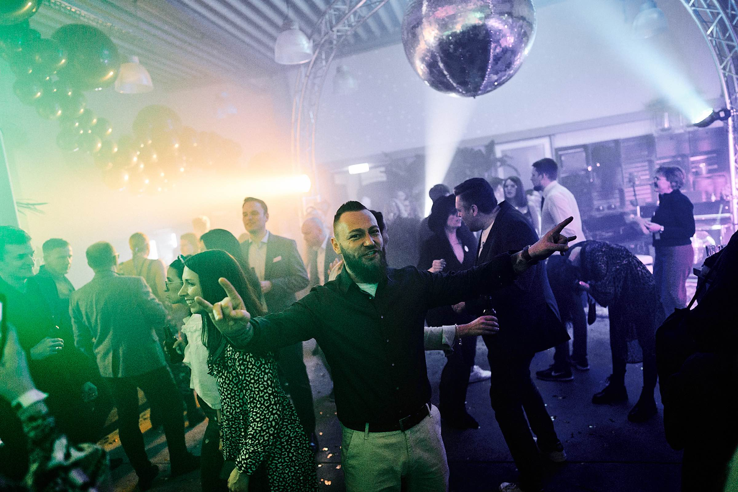 DJ-Hannover-Hameln-Peine-Braunschweig-Buchen-DJ-Agentur-DJ-Messe-Hochzeits-DJ-Hannover-DJ-Firmenevent-Firmenfeier-DJ-Geburtstag-DJ-Weihnachtsfeier-DJ-Sommerfest-Mieten-Lehmann-Eventservice