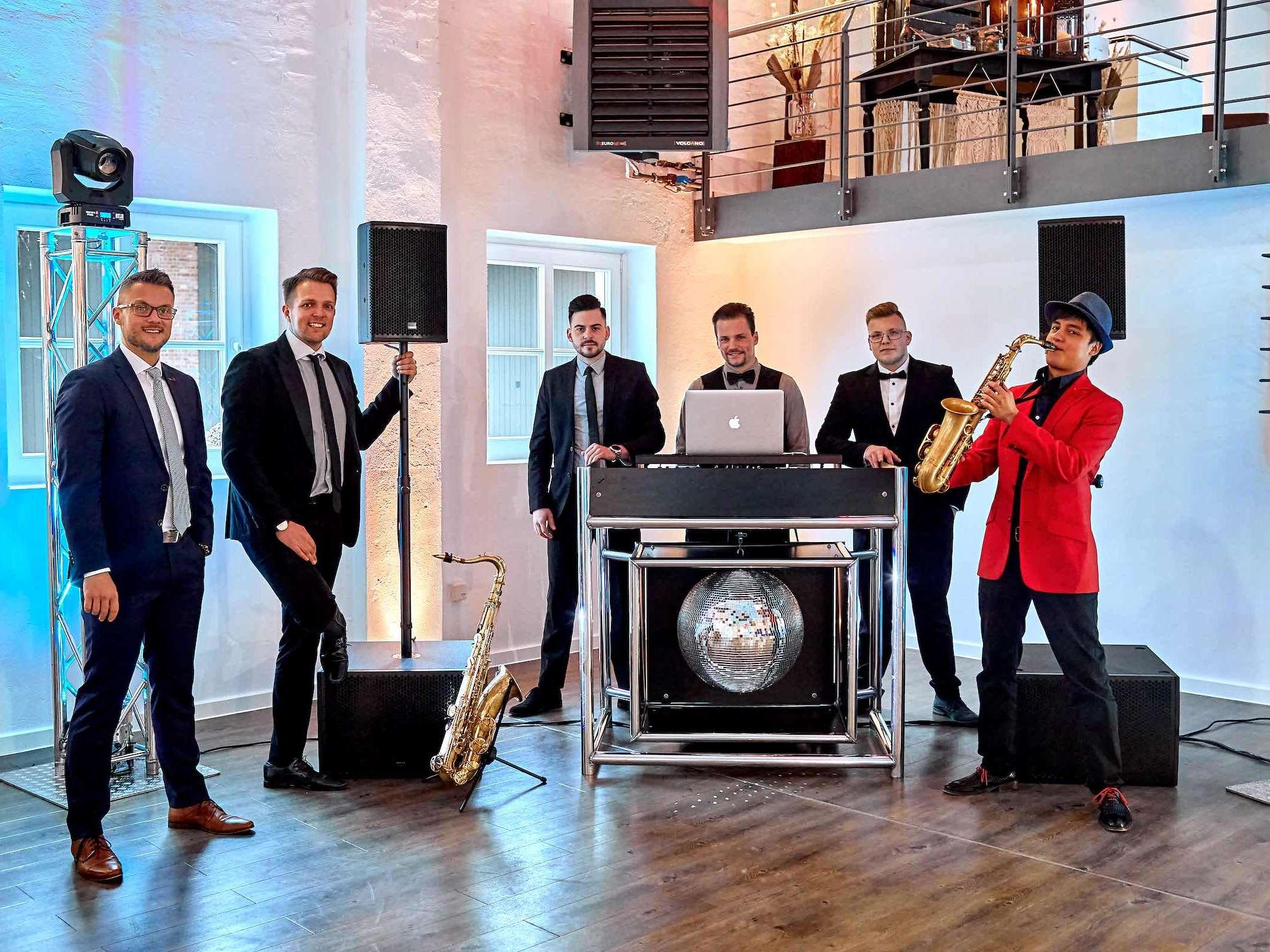 DJ | Hannover | Hochzeit | Firmenfeier | Geburtstag | Messe | DJ | Timm | DJ | Daniel | DJ | Nils | DJ | Pascal | DJ | Marco | DJ | Marvin | Saxophonist | DJ | Agentur | DJ | Service | Lehmann | Eventservice