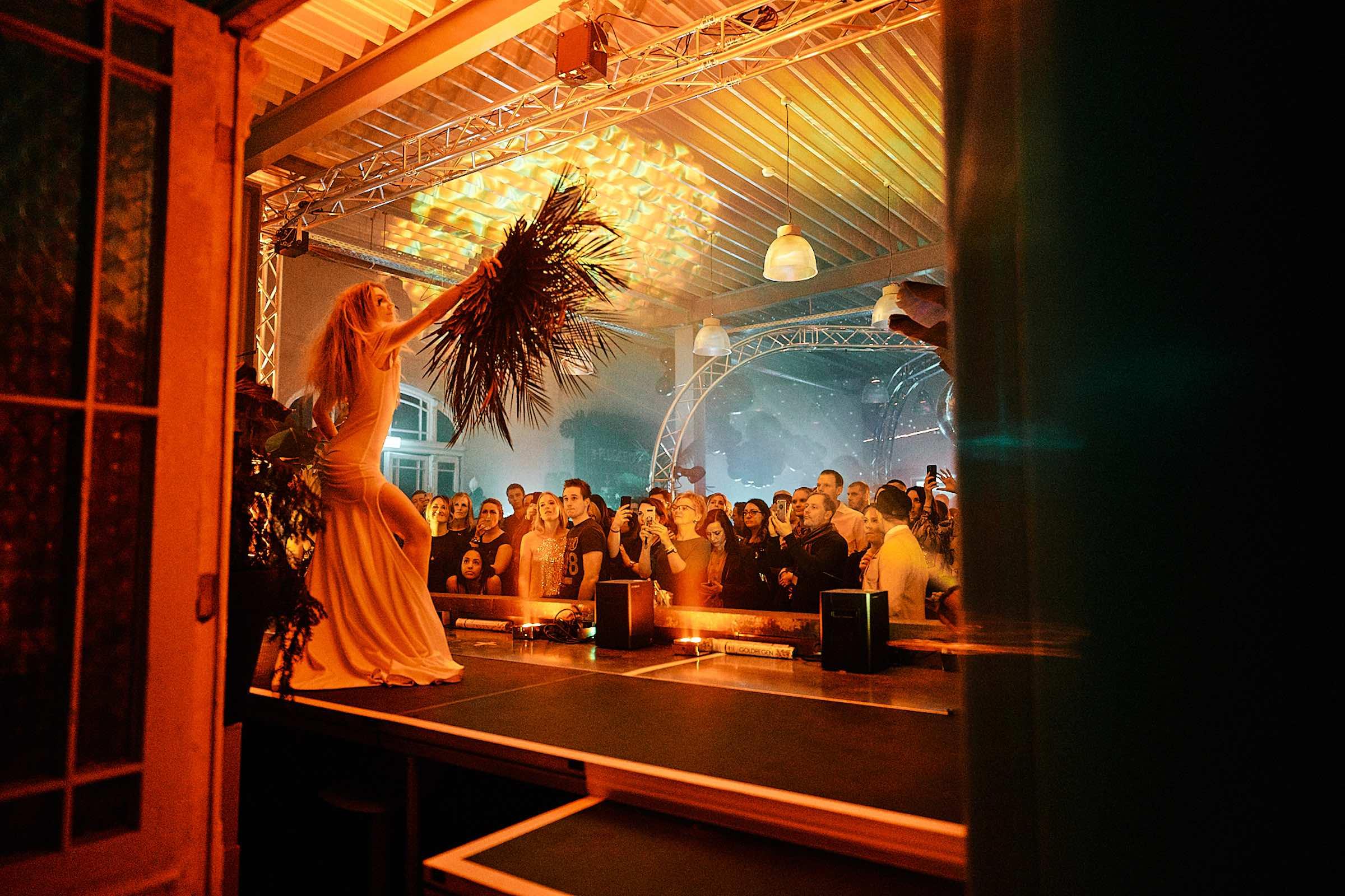 DJ | Hochzeit | Braunschweig | Hameln | Hannover | Peine | DJ | Messe | Hochzeits | DJ | Hannover | DJ | Firmenevent | Firmenfeier | DJ | Geburtstag | DJ | Weihnachtsfeier | DJ | Sommerfest | DJ | Feier | Buchen | Mieten