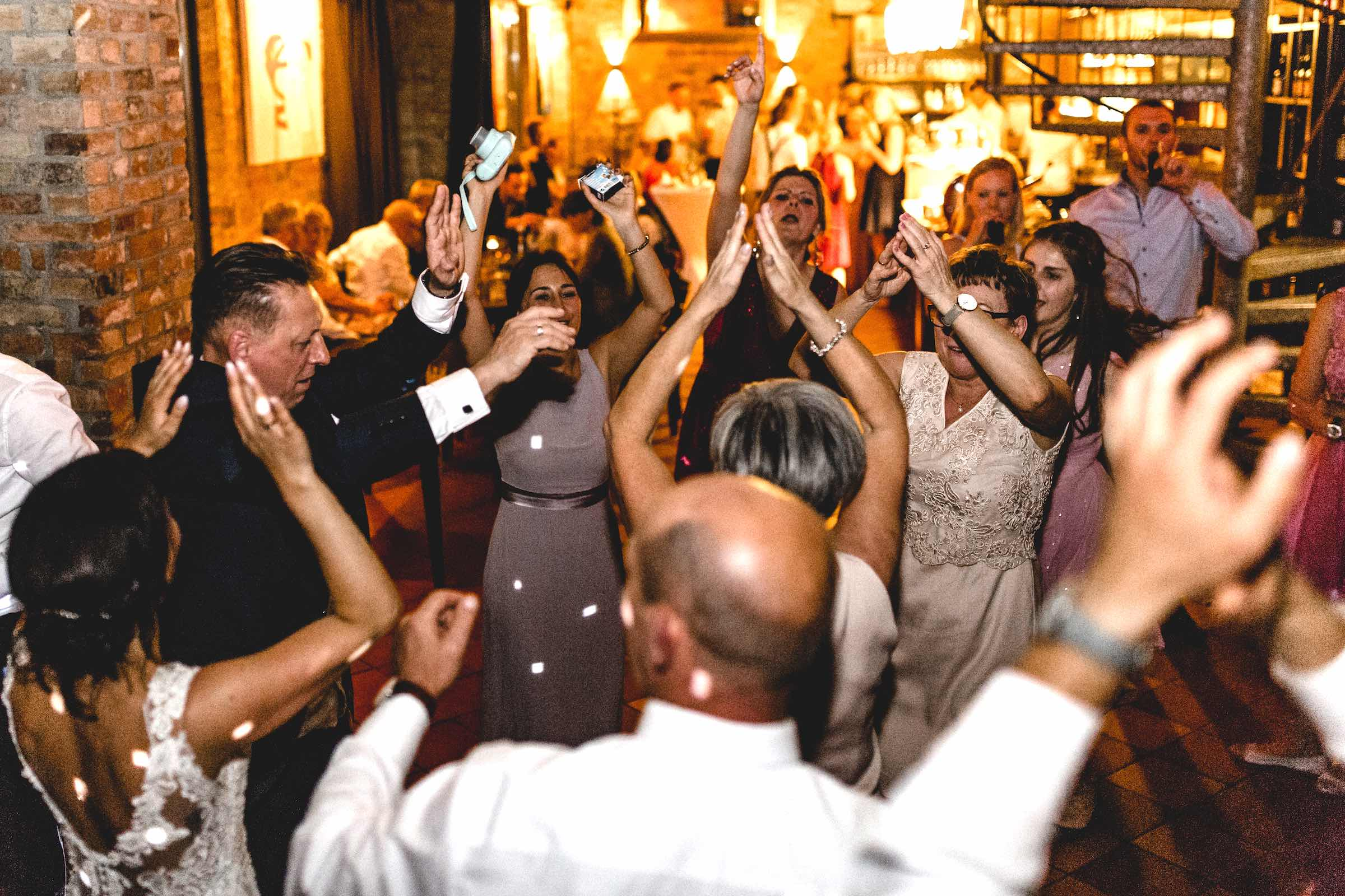 DJ | Hochzeit | DJ | Agentur | Hochzeits | DJ | Messe | DJ | Firmenevent | Firmenfeier | DJ | Geburtstag | Discjockey | Weihnachtsfeier | DJ | Sommerfest | Event | Buchen | Mieten | Lehmann | Eventservice
