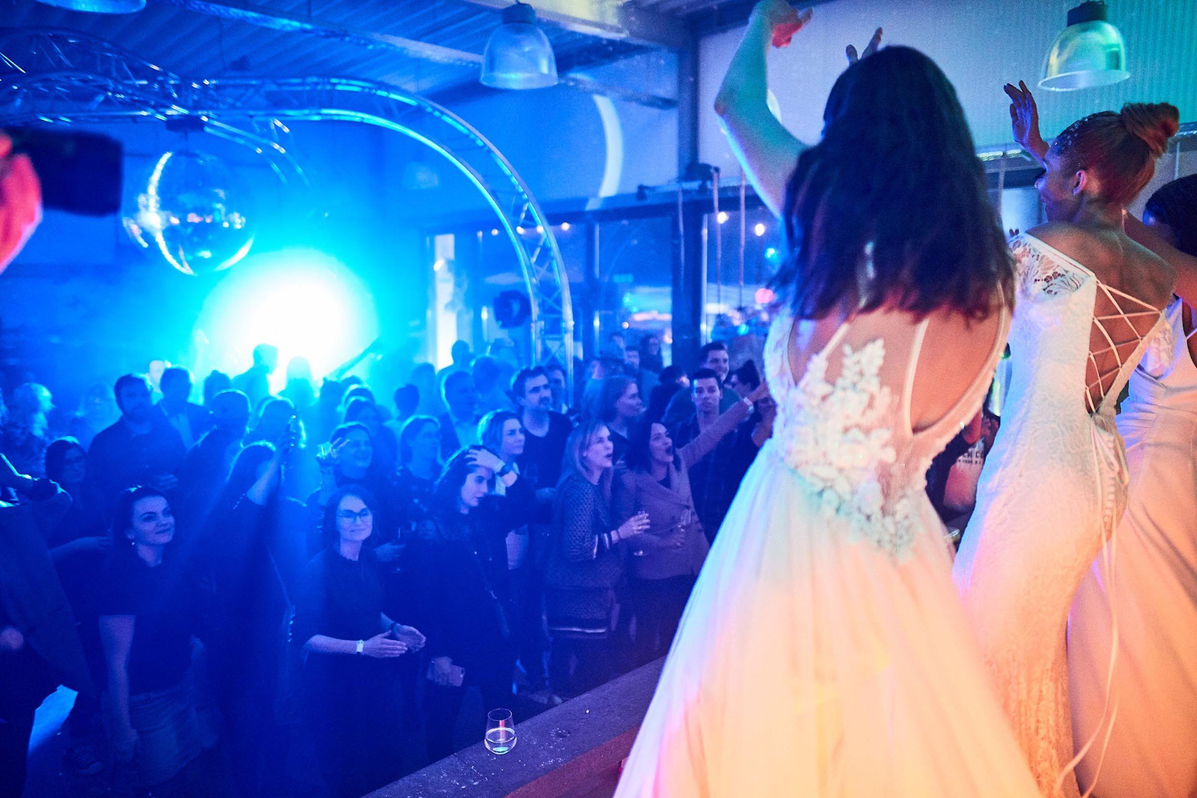 DJ | Hochzeit | Hannover | Feier | Brautparty | Hannover | DJ | Messe | Hochzeits | DJ | Hannover | DJ | Firmenevent | Firmenfeier | DJ | Geburtstag | DJ | Weihnachtsfeier | DJ | Sommerfest | Buchen | Anfragen | Lehmann | Eventservice
