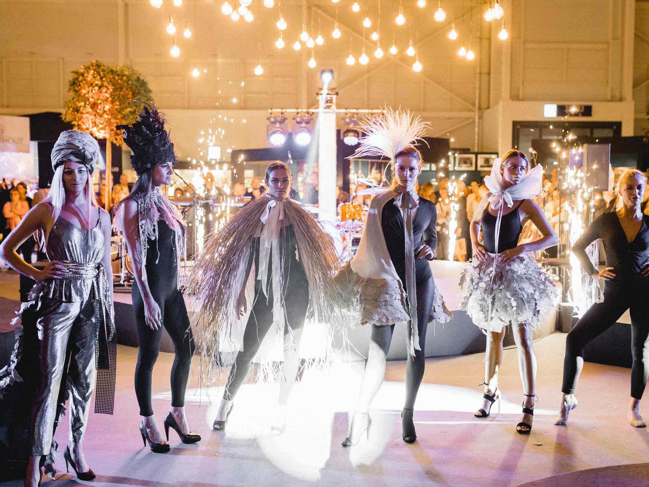 Eventplanung   Eventausstatung   Hannover   Kongresse   Shows   Galas   Modenschauen   Produktpräsentationen   Bühnen   Licht   Tontechnik   Veranstaltungslogistik   Catering   Programmgestaltung   Künstler