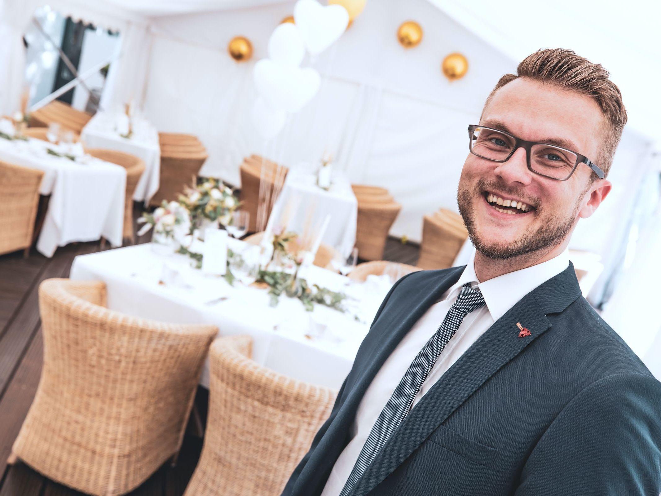 Hochzeits | DJ | Buchen | Hannover | Braunschweig | Daniel | Paar | DJ | Hochzeit | Messe | DJ | Event | DJ | Geburtstag | DJ | Betriebsfeier | DJ | Buchen | Mieten | DJ | Agentur | Lehmann | Eventservice