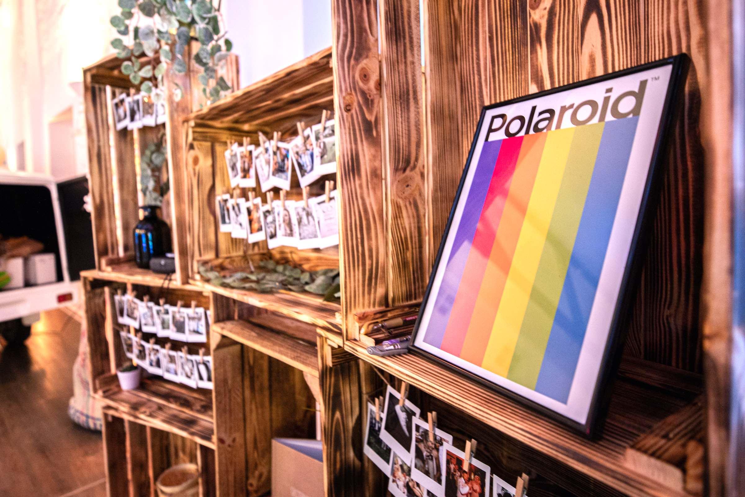 Instax | Kamera | Mieten | Polaroid | Set | Koffer | Bilder | Versand | Anfragen | Hochzeit | Sofortbildkamera | Lieferung | Versand | Knipsel