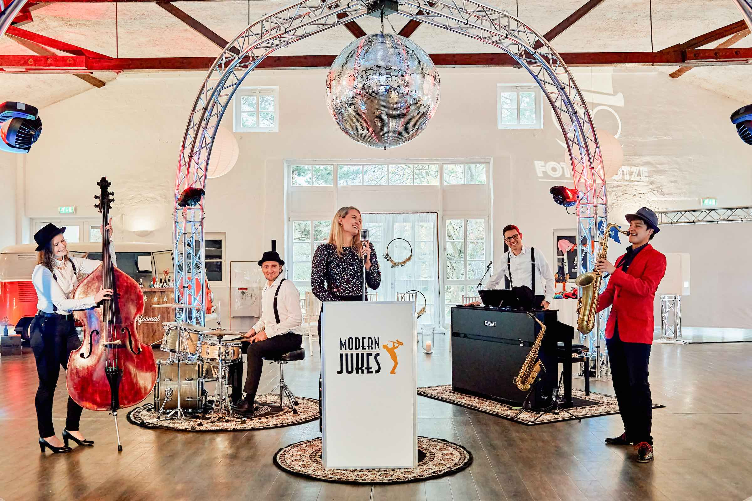 Jazzband   Hochzeit   Hannover   Popband   Partyband   Sektempfang   Party   Trauung   Dinner   Buchen   Mieten   Lehmann   Eventservice