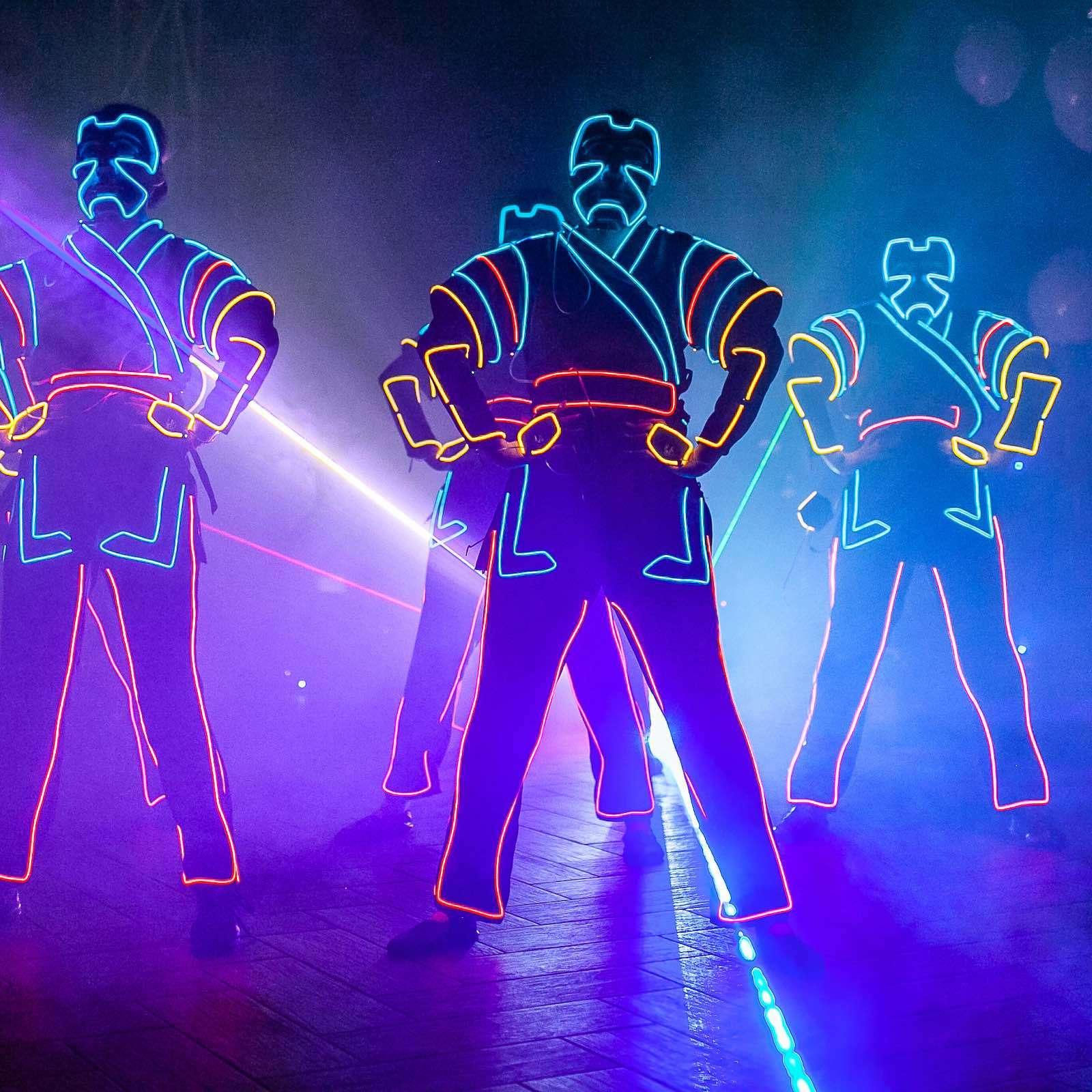 Lasershow |Lichtshow |Hannover |Lightshow |Business |Messe |Laser |Lichtshow |Outdoor |Beamshow |Lichttechnik |Indoor |Lightshow |Bühnenshow |Präsentation |Business |Anfragen |Buchen |Mieten