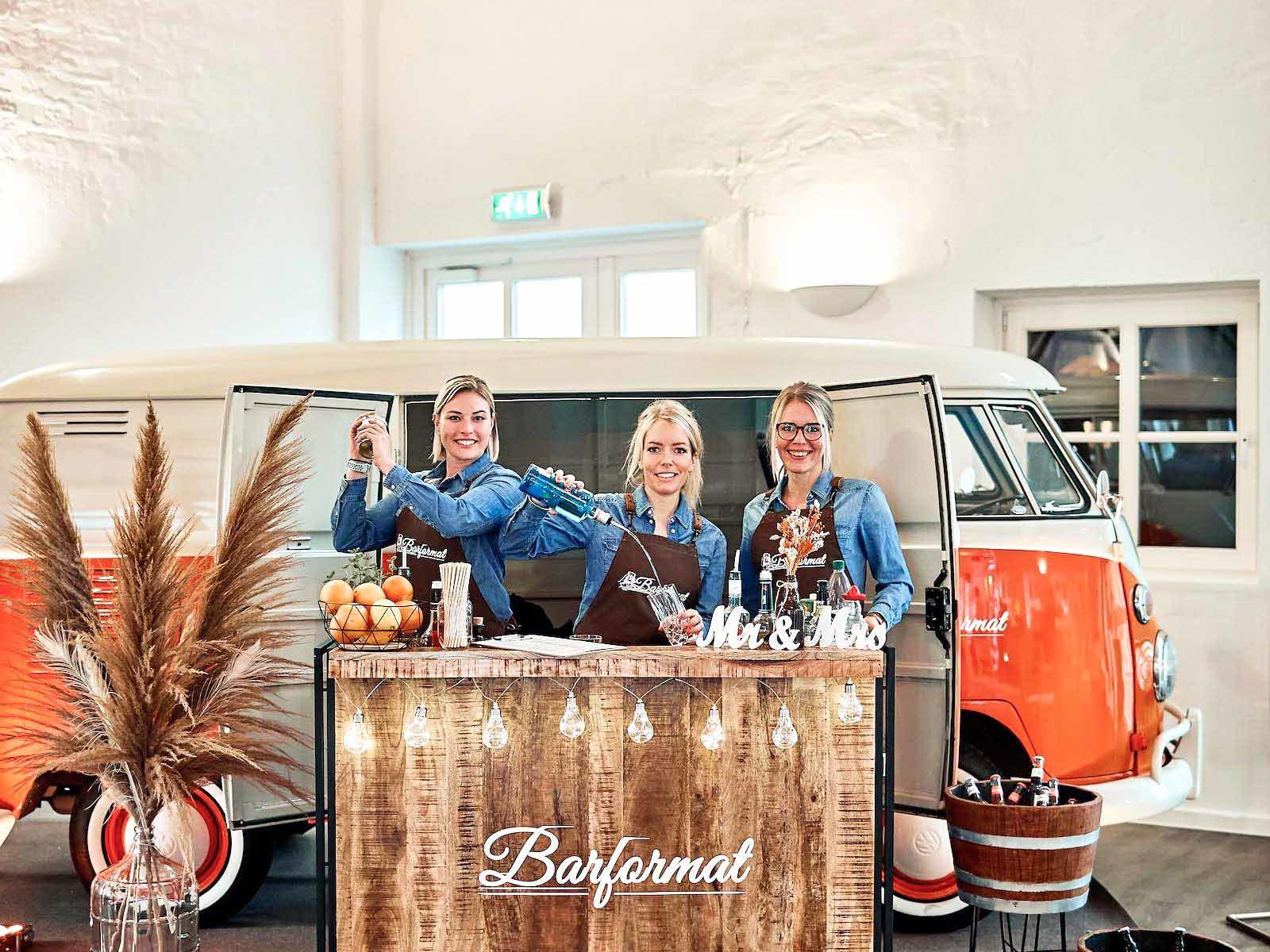 Mobile | Bar | Ape | Bulli | Bar | Cocktailservice | Sektbar | Getränke | Catering | Foodtruck | Kuchen | Sektempfang | Standesamt | Hochzeit | Barkeeper | Kellner | Hochzeit | Event | Mieten | Lehmann | Eventservice