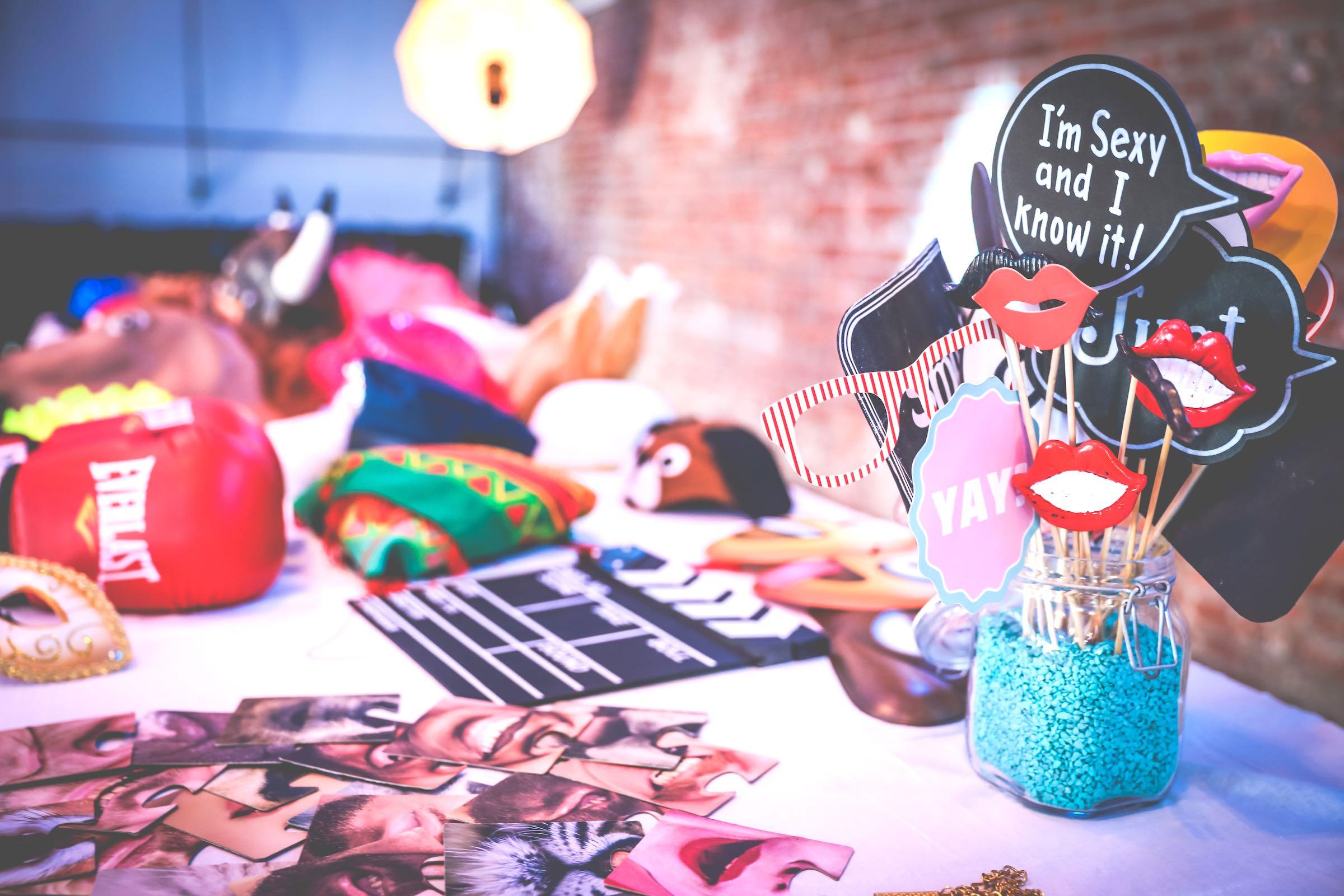 Photobooth | Mieten | Fotoautomat | Hochzeit | Fotokiste | Firmenfeier | Photobooth | Abiball | Hannover | Hameln | Braunschweig | Messe | Firmenfeier | Buchen | Mieten | Fotoglotze | Lehmann | Eventservice