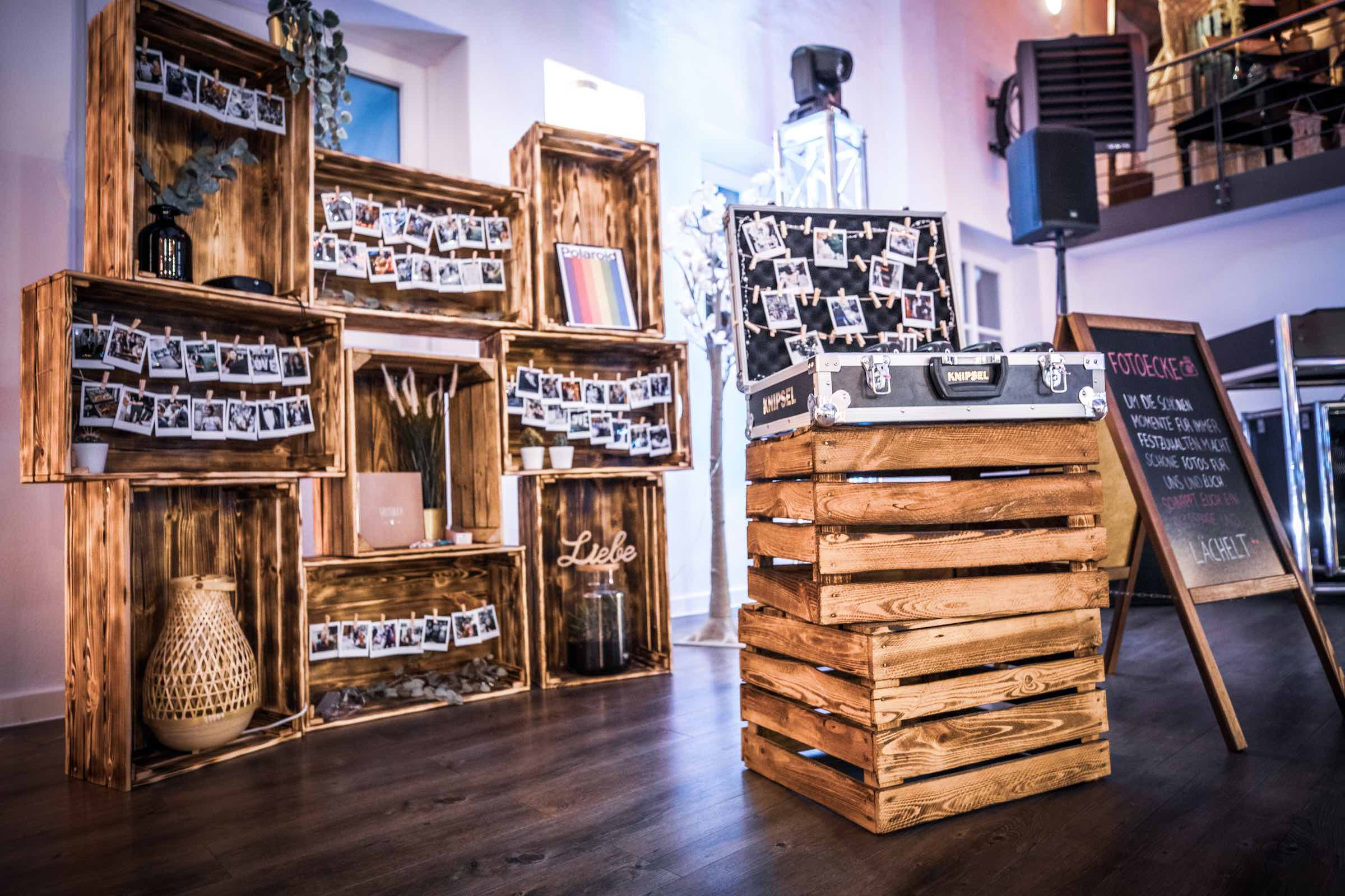 Polaroid | Kamera | Hochzeit | Polaroid | Set | Koffer | Mieten | Anfragen | Buchen | Hochzeit | Event | Sofortbildkamera | Versand | Lieferung | Knipsel