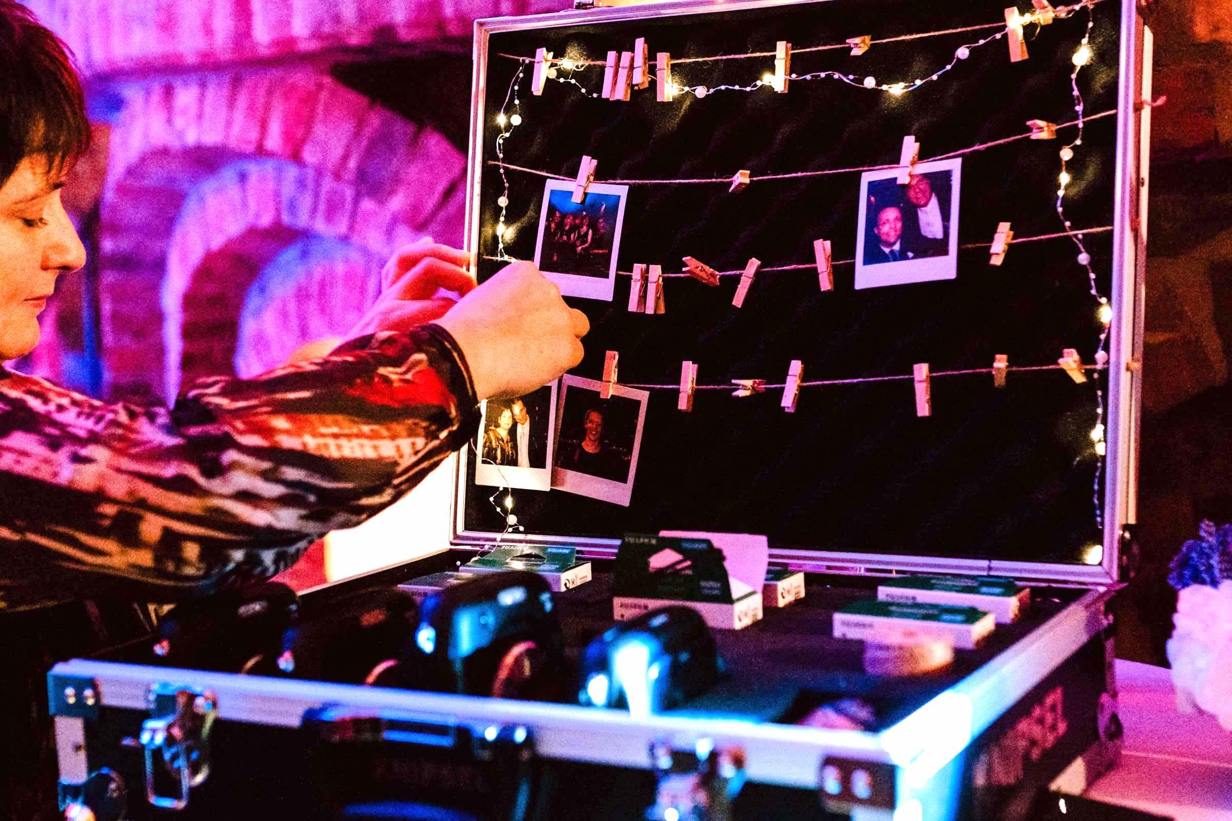 Polaroid   Kamera   Set   Event   Mieten   Koffer   Bilder   Instax   Leihen   Event   Feier   Hochzeit   Wedding   Sofortbild   Knipsel