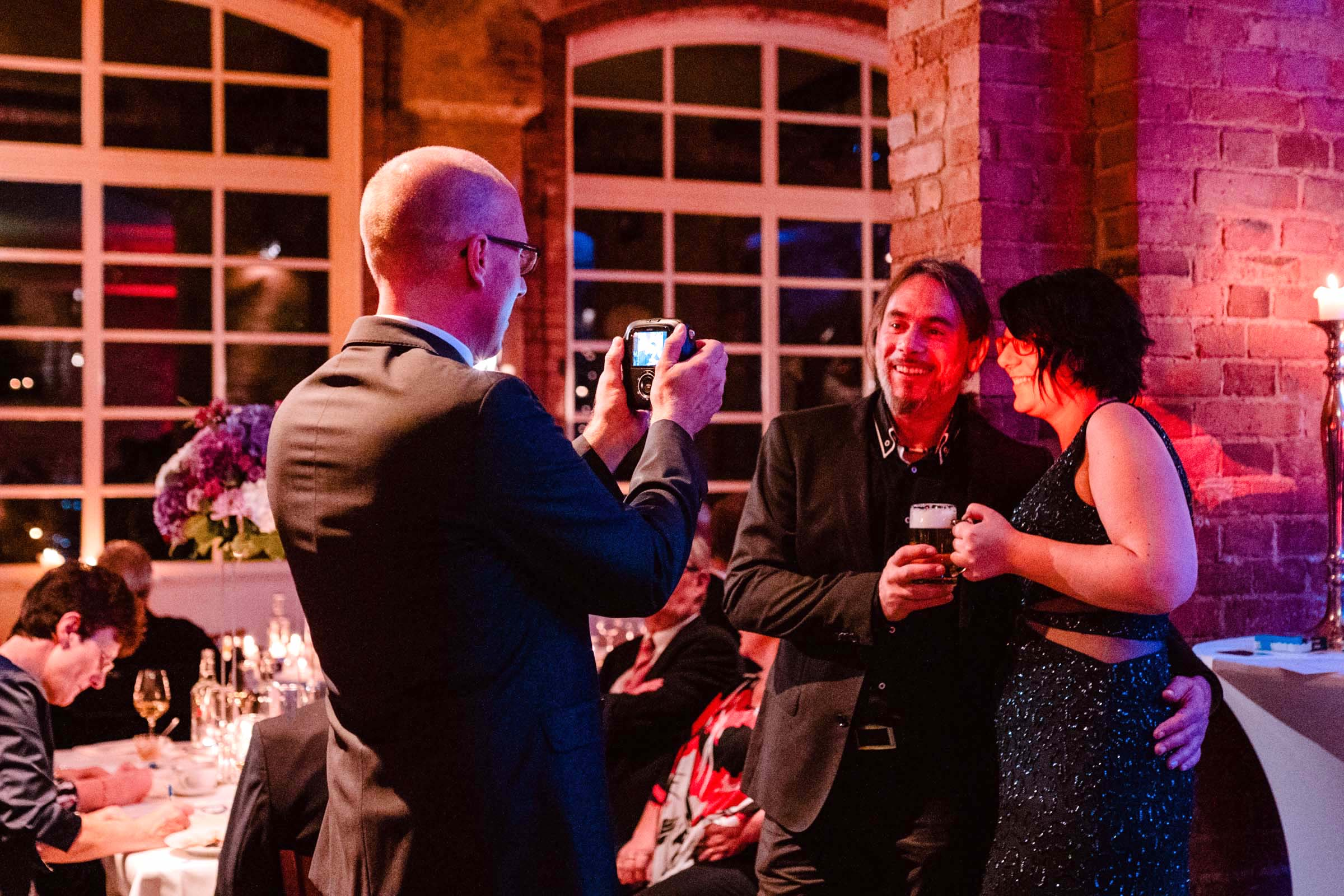 Polaroid | Koffer | Bilder | Mieten | Instax | Hochzeit | Wedding | Event | Hannover | Versand | Sofortbild