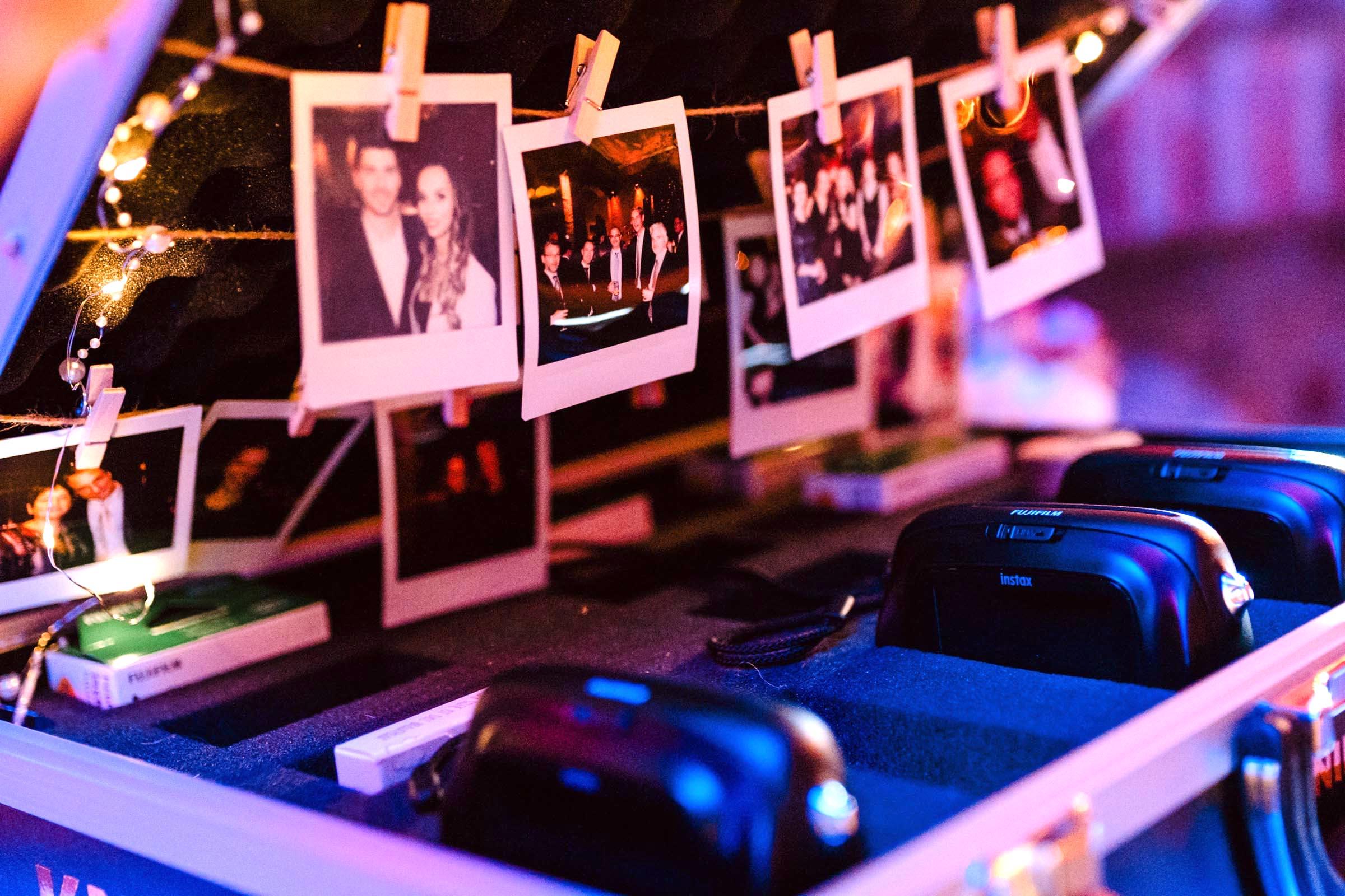 Polaroid   Sofortbildkamera   Koffer   Bilder   Instax   Mieten   Leihen   Hannover   Hochzeit   Event   Wedding   Sofortbild   Mieten