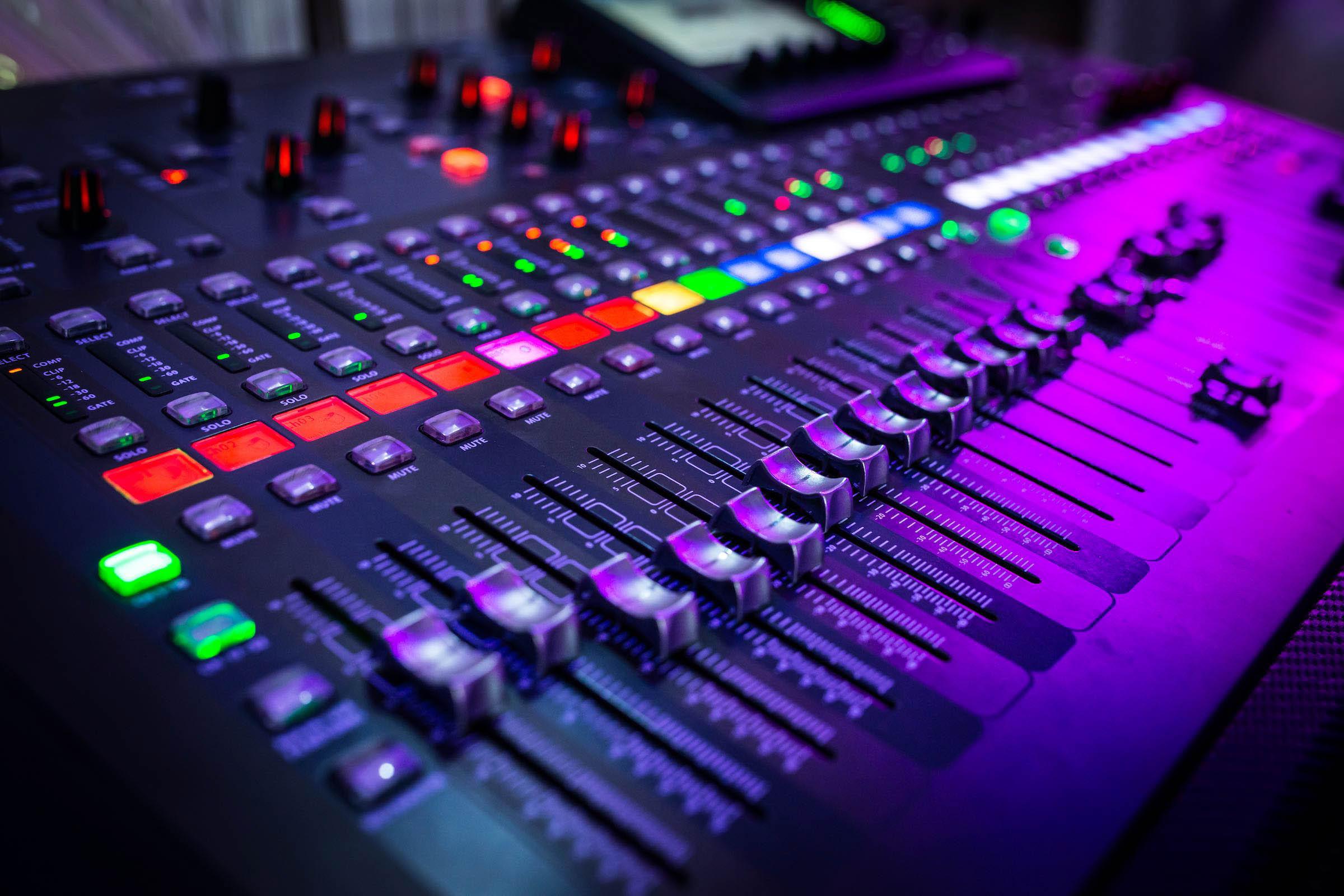 Tontechnik | Lautsprecher | Mischpulte | Beschallung | Mieten | Hannover | Lehmann | Eventservice