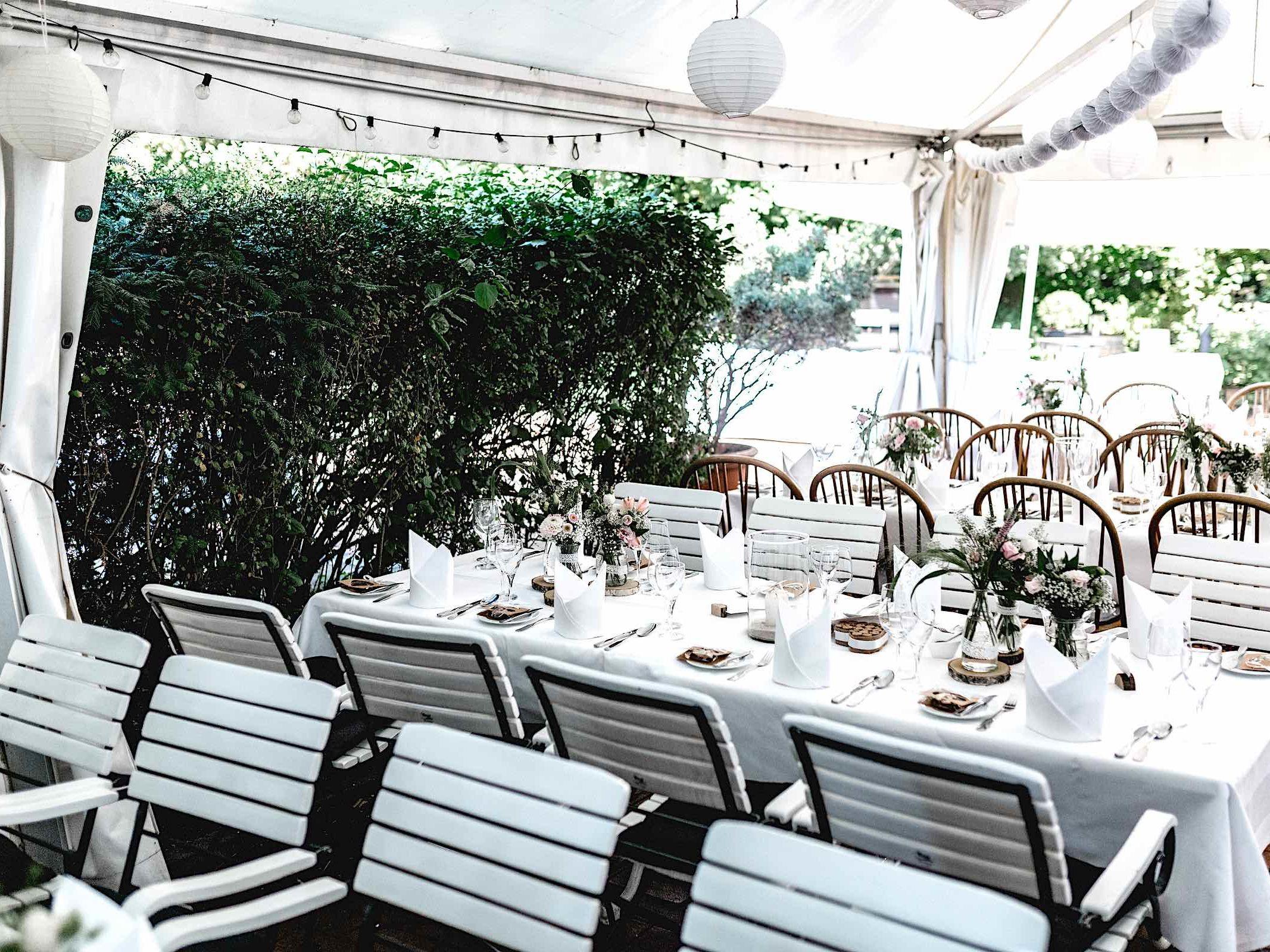 Berggasthaus | Niedersachsen | Hochzeit | Geburtstag | Firmenfeier | Feiern | Locations | DJ | Hochzeit | Fotograf | DJ | Eröffnungstanz | Hochzeitsplanung | Hochzeitsplaner | Referenz | Lehmann | Eventservice