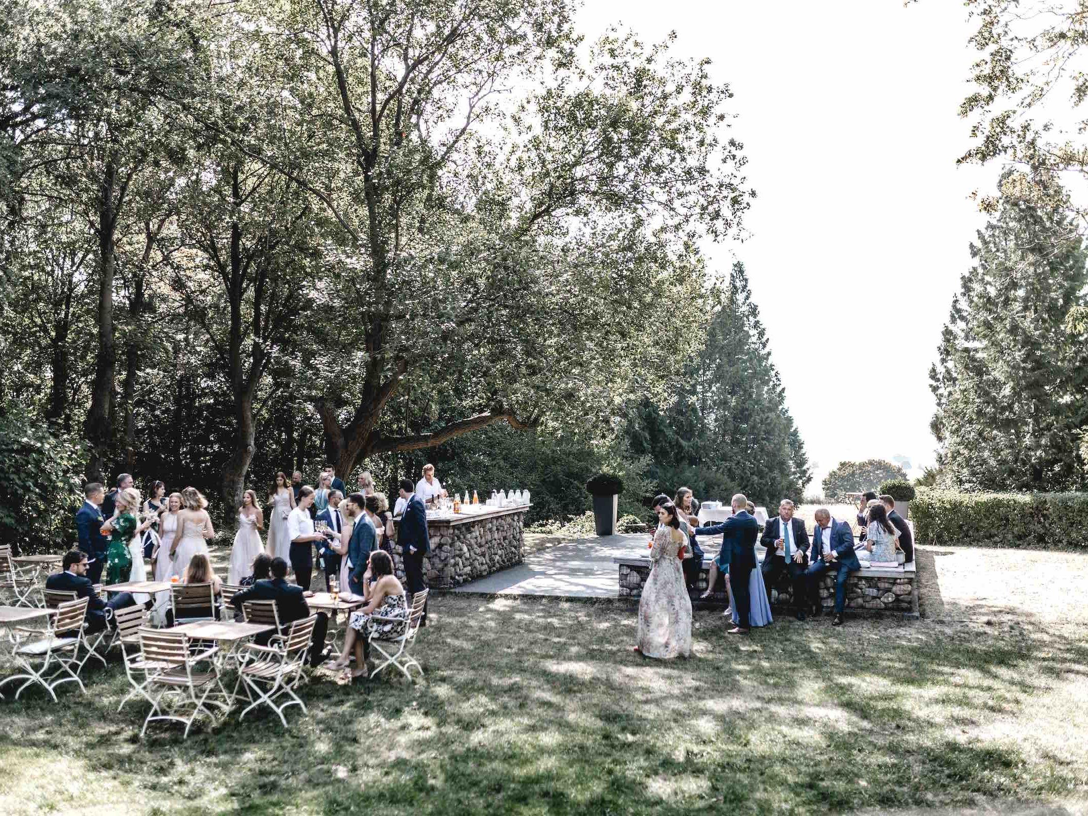 Berggasthaus | Niedersachsen | Hochzeit | Hannover | Empfang | Feiern | Locations | DJ | Hochzeitsplanung | Fotograf | Hochzeits | Referenz | Empfang | Brautpaar | Fotograf | Referenz | Lehmann | Eventservice