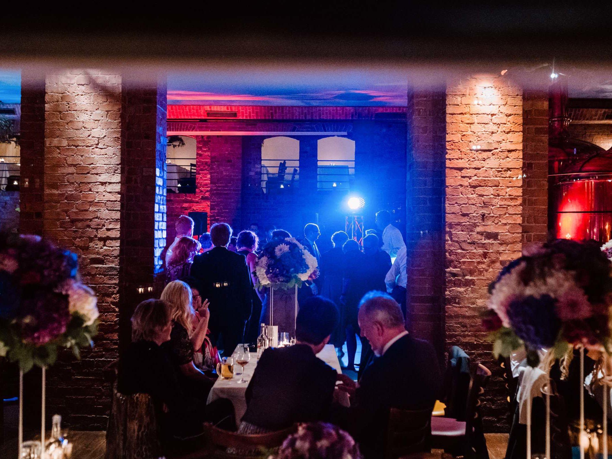 Burg | Königsworth | Roneburg | Hannover | Hochzeit | Geburtstag | Firmenfeier | Feiern | Locations | DJ | Eventaustattung | Hochzeitsplanung | Referenz | Lehmann | Eventservice