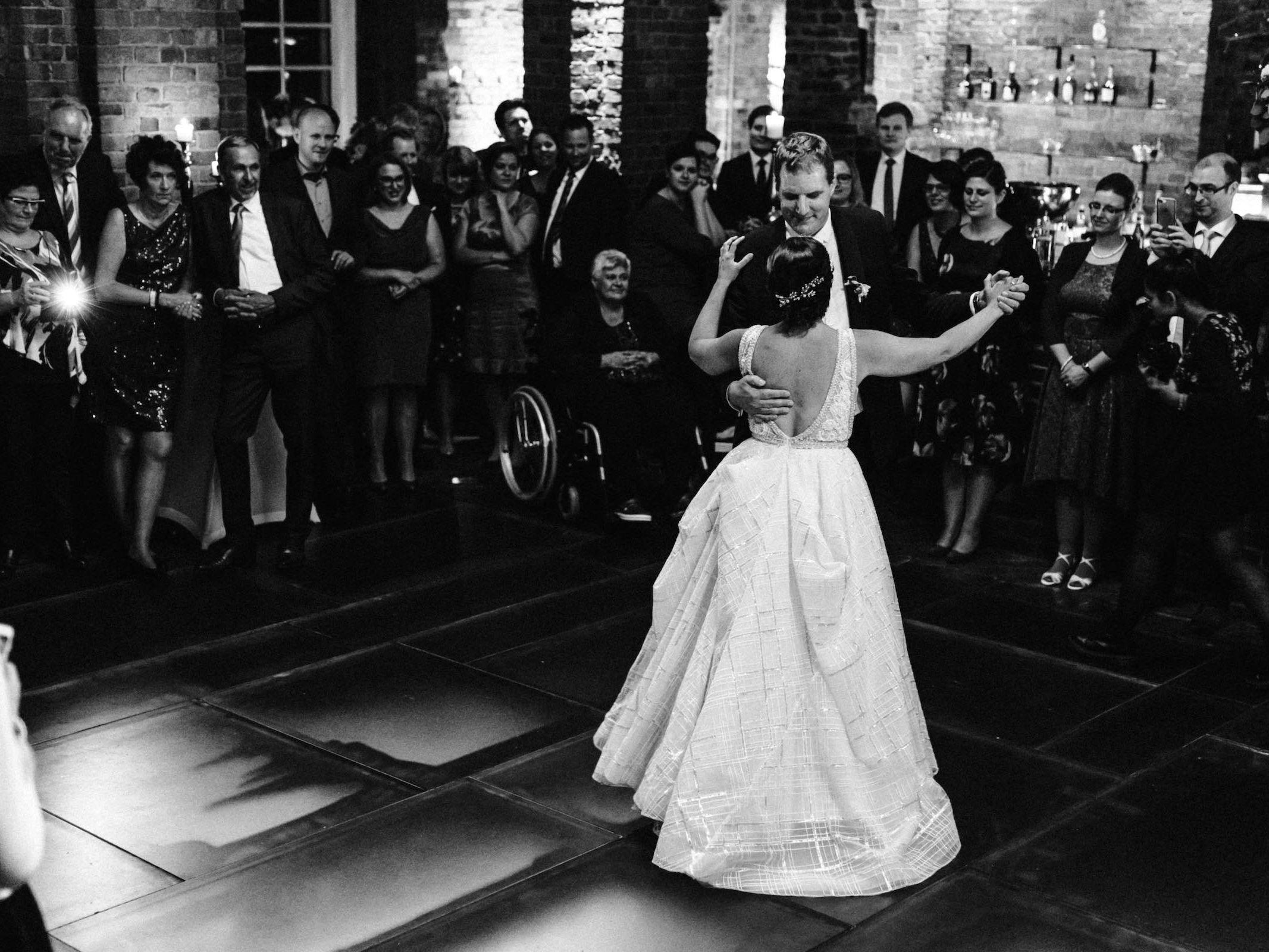 Burg | Königsworth | Roneburg | Hannover | Hochzeit | Geburtstag | Firmenfeier | Feiern | Locations | DJ | Hochzeit | DJ | Eröffnungstanz | Hochzeitsplanung | Hochzeitsplaner | Referenz | Lehmann | Eventservice