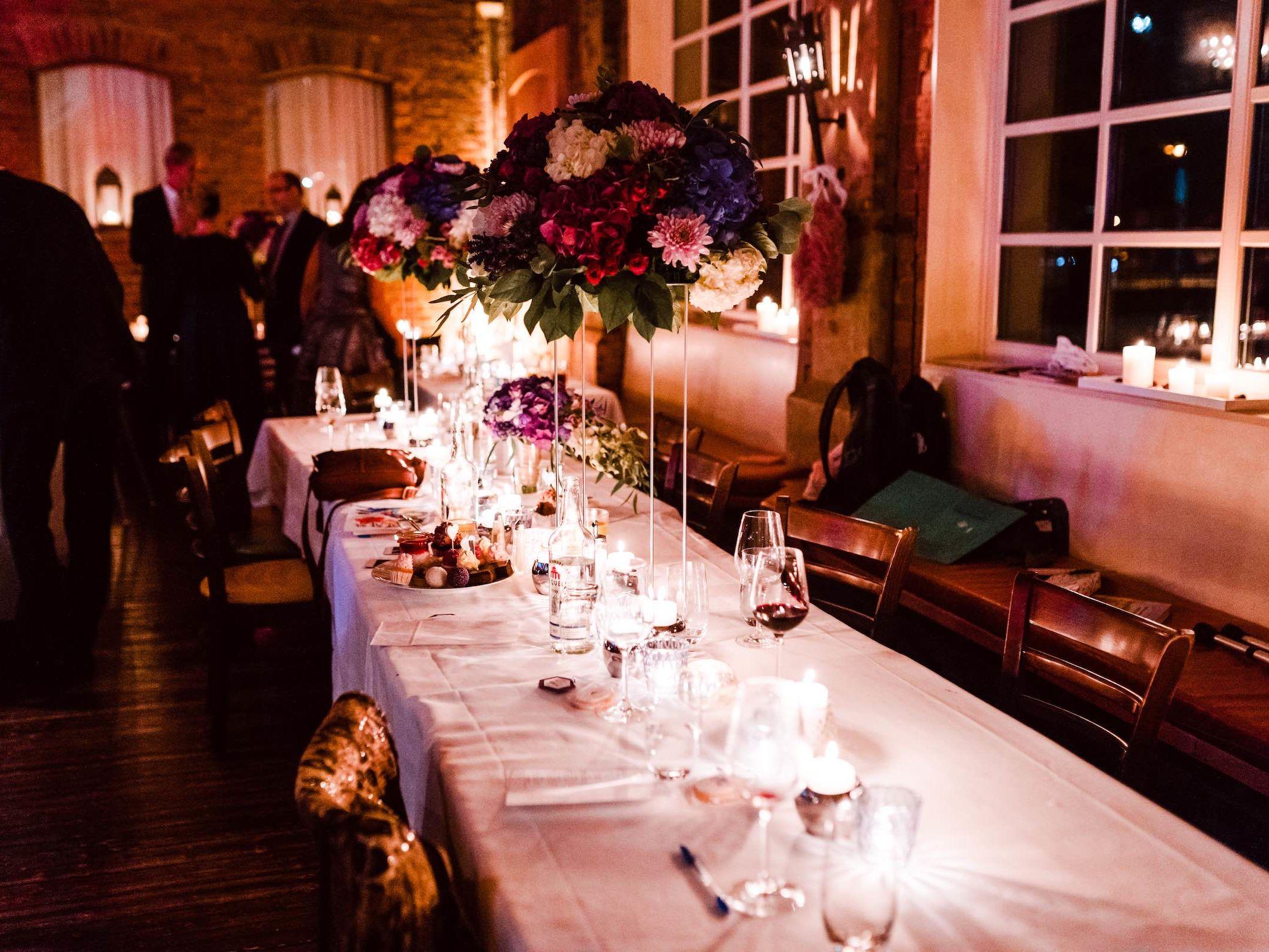 Burg | Königsworth | Roneburg | Hannover | Hochzeit | Geburtstag | Firmenfeier | Feiern | Locations | Tischdekoration | Hochzeit | Floristik | Eventaustattung | Dekoration | Hochzeitsplanung | Lehmann | Eventservice