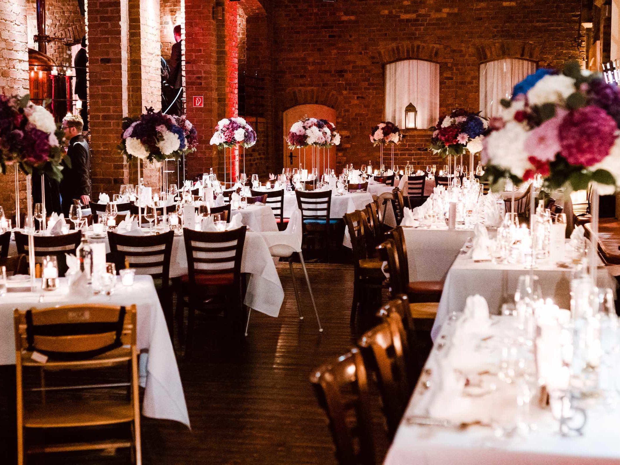 Burg | Königsworth | Roneburg | Hannover | Hochzeit | Geburtstag | Firmenfeier | Referenz | Locations | Fotografie | Tischdekoration | Hochzeitsplaner | Lehmann | Eventservice