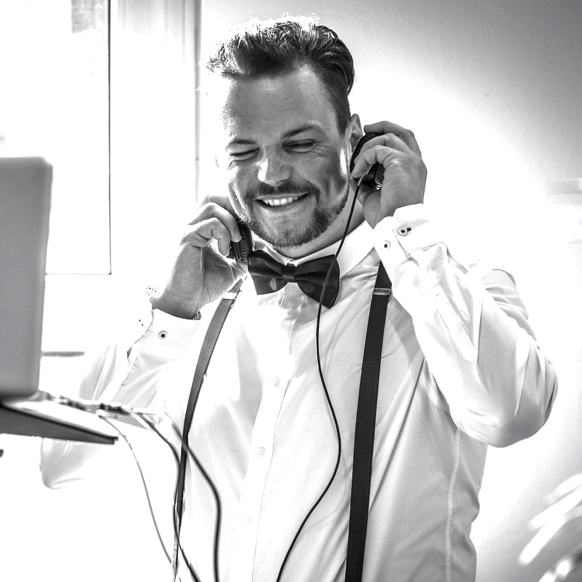 DJ |Hannover |Hochzeit |DJ |Marco |Kern |DJ |Firmenfeier |DJ |Geburtstag |DJ |Messeparty |DJ |Betriebsfeier |DJ |Sommerfest |DJ |Gala |Buchen |Mieten |Anfragen |Lehmann |Eventservice