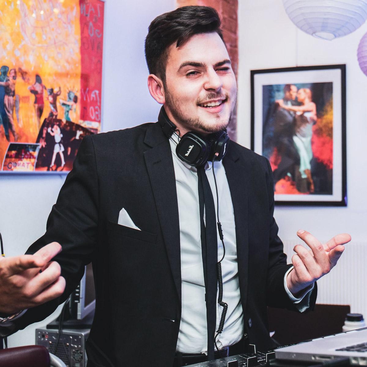 DJ |Hannover |Hochzeit |DJ |Marvin |Feike |DJ |Firmenfeier |DJ |Geburtstag |DJ |Messeparty |DJ |Betriebsfeier |DJ |Sommerfest |DJ |Gala |Buchen |Mieten |Anfragen |Lehmann |Eventservice