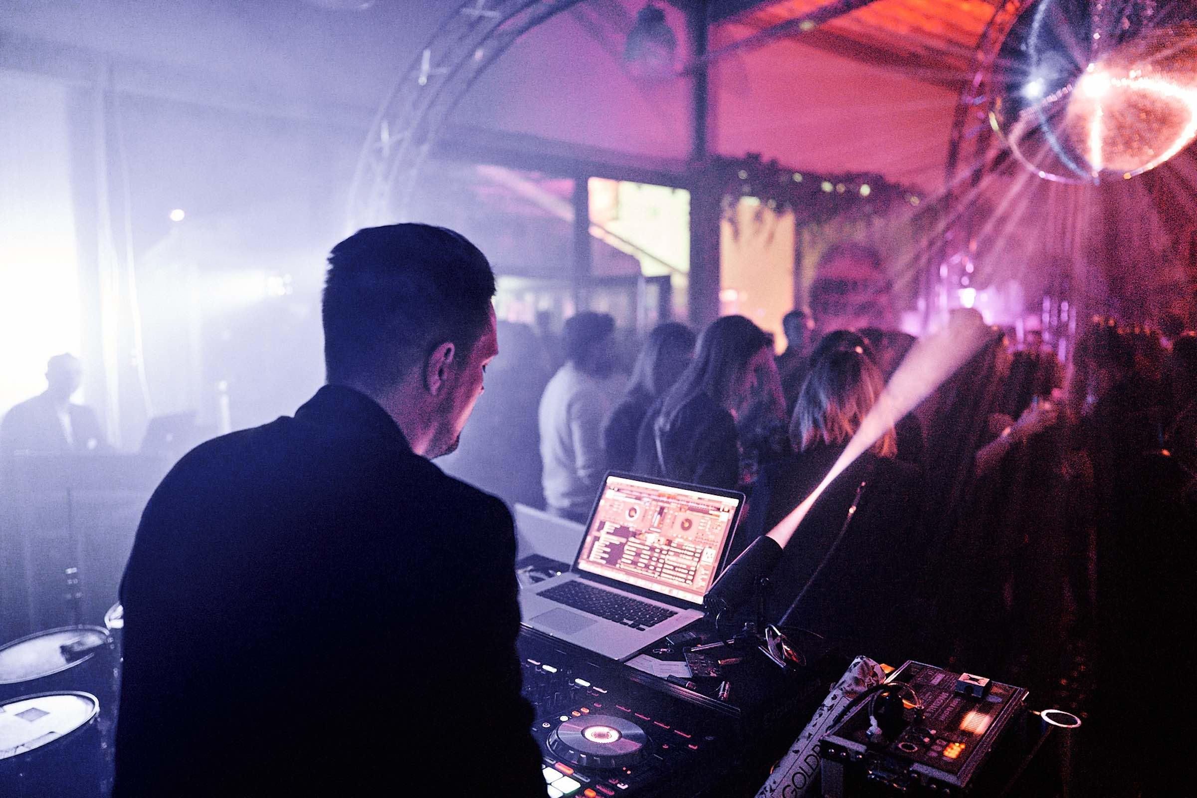 DJ | Hannover | Hochzeit | DJ | Timm | Lehmann | Messe | DJ | Event | DJ | Geburtstag | DJ | Buchen | DJ | Mieten | Anfragen | DJ | Agentur | DJ | Service | Lehmann | Eventservice