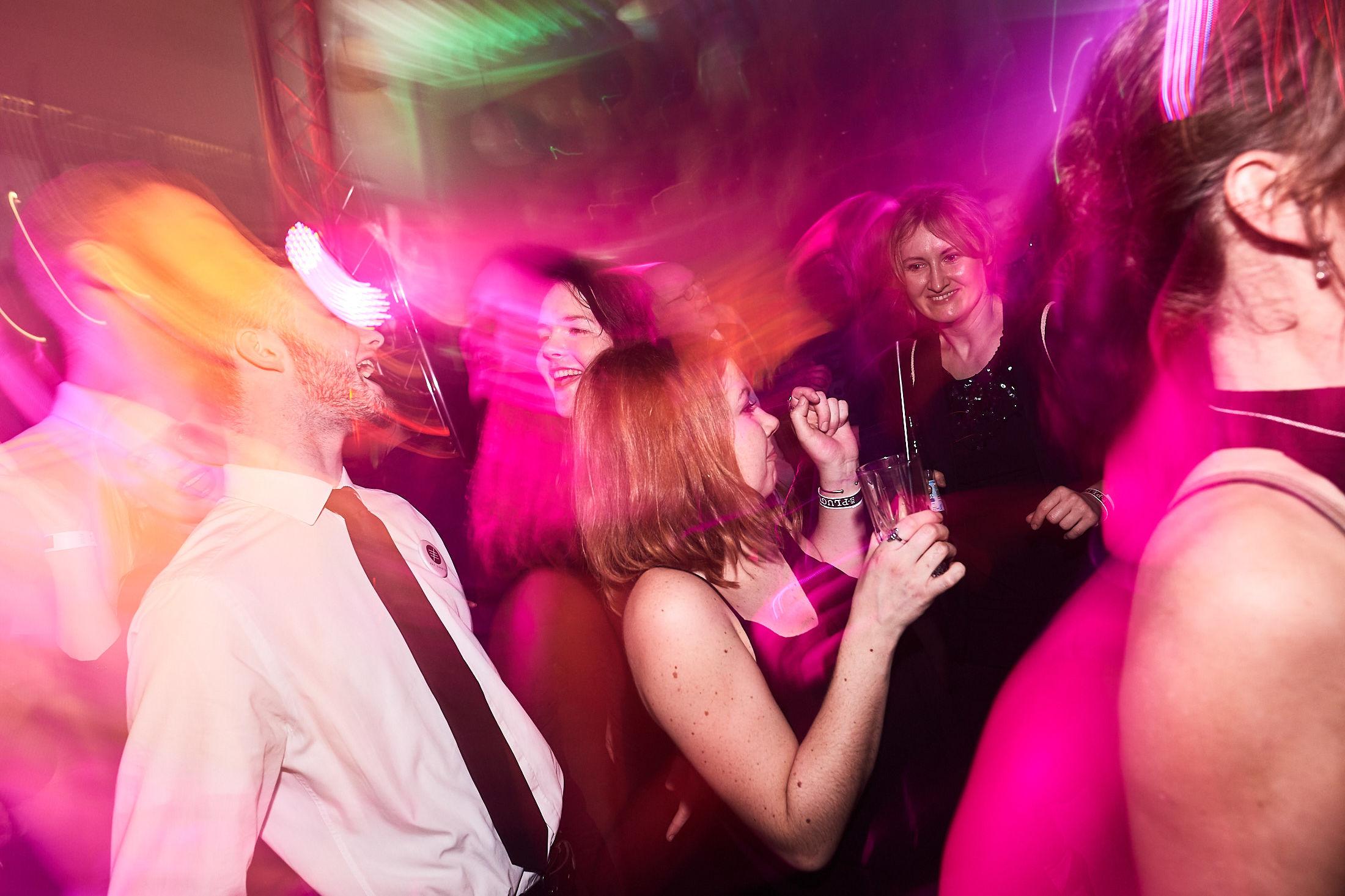DJ | Hannover | Hochzeits | DJ | Firmenevent | Firmenfeier | DJ | Geburtstag | DJ | Messe | DJ | Sommerfest | Buchen | Mieten | Lehmann | Eventservice