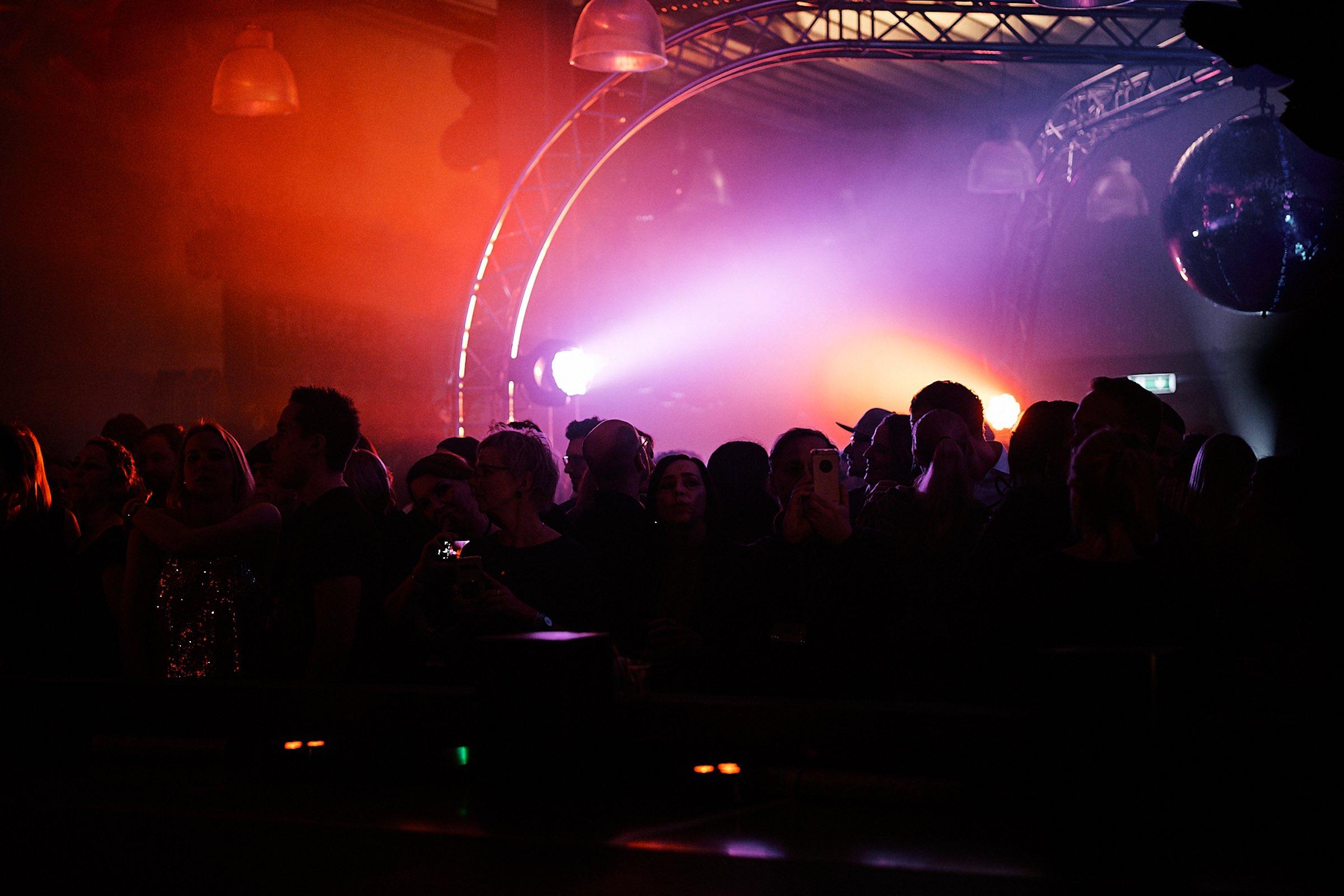 Eventtechnik | Hannover | Lichttechnik | Tontechnik | Beleuchtung | Location | Party | Feier | Gala | Show | Firmenfeier | Betriebsfeier | Lehmann | Eventservice