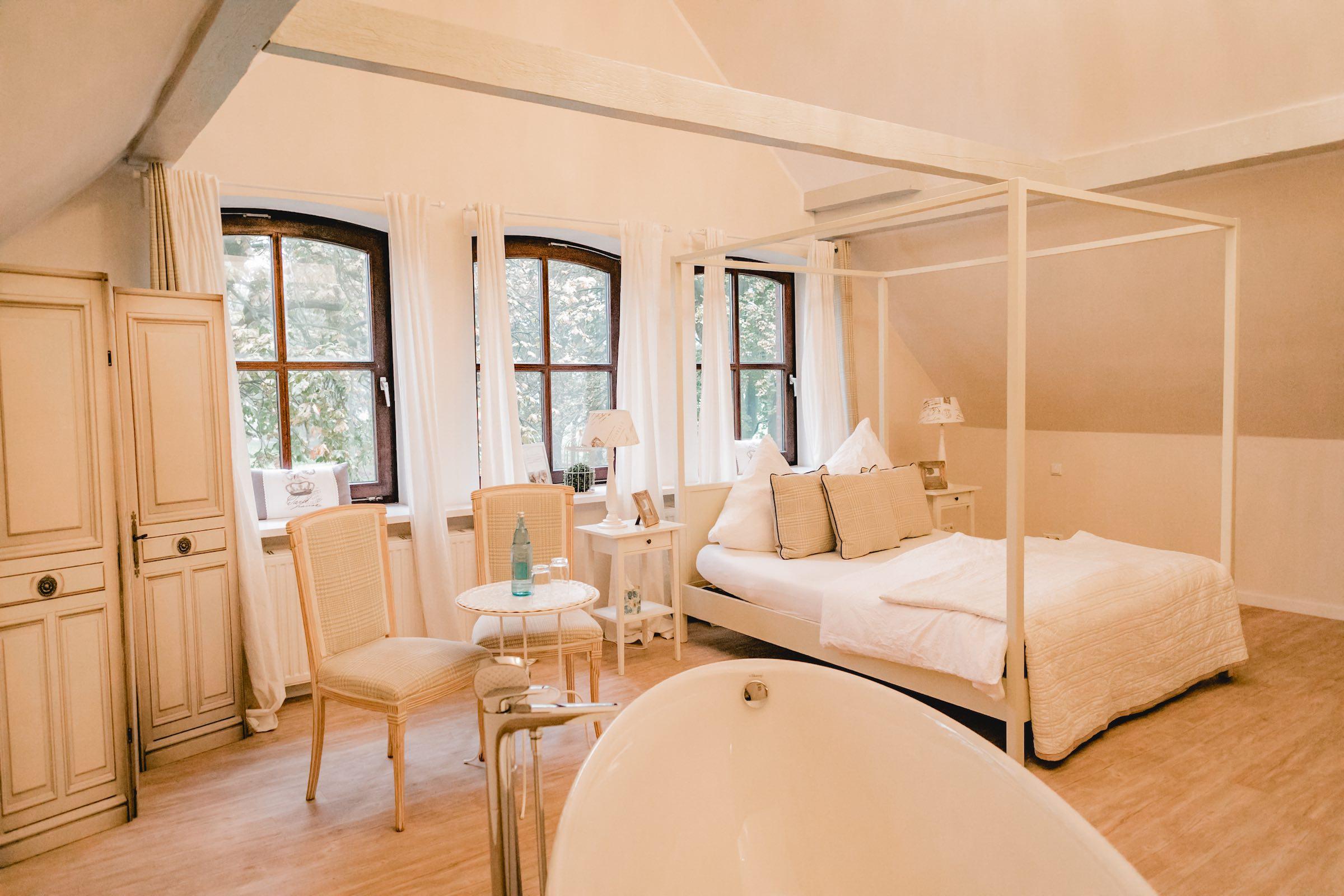 Häserhof | Reddestorf | Location | Referenz | Zimmer | Gästezimmer | Mieten | Buchen | Lehmann | Eventservice