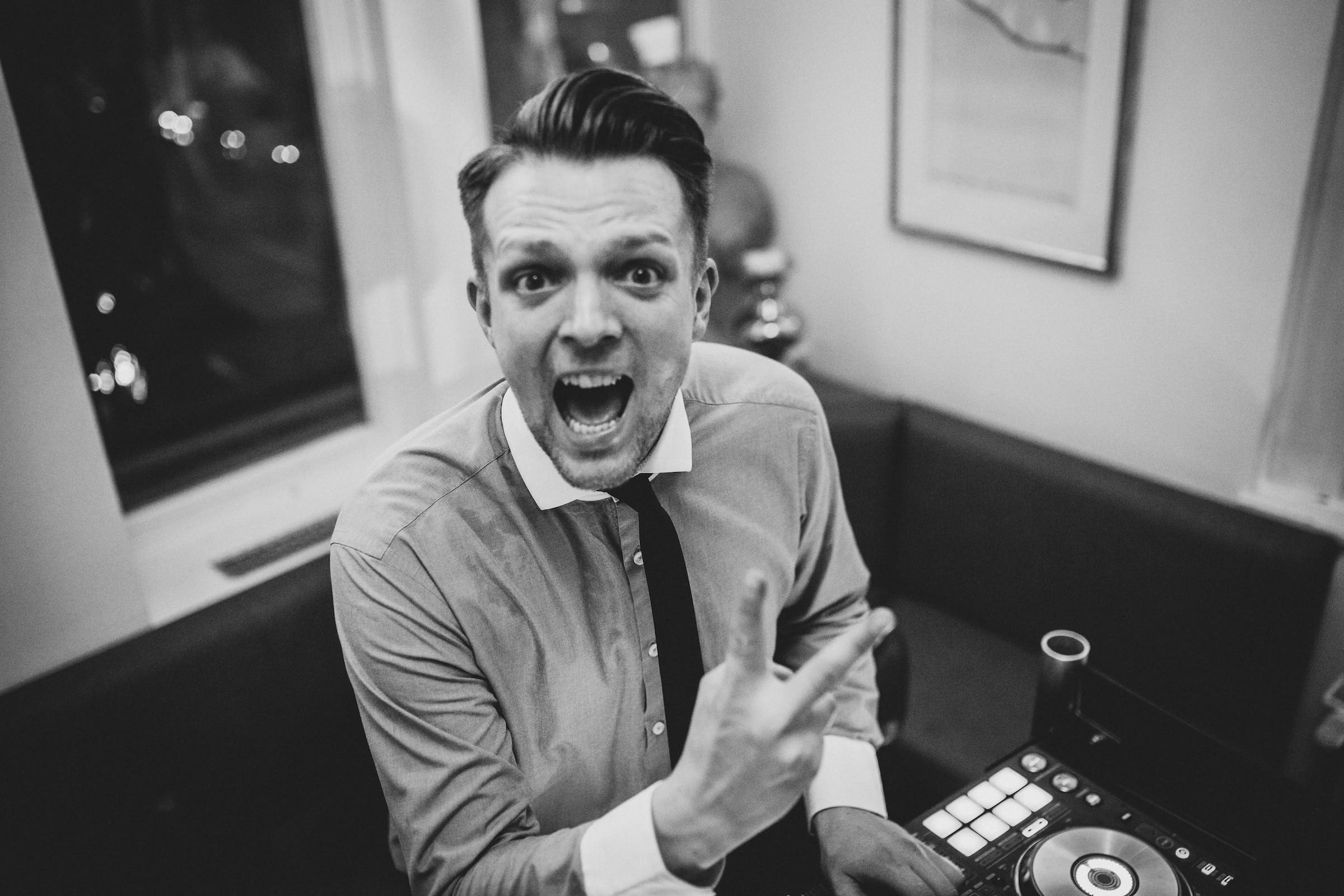 Hochzeits | DJ | Buchen | DJ | Hochzeit | DJ | Geburtstag | DJ | Firmenfeier | DJ | Buchen | Discjockey | Mieten | DJ | Agentur | DJ | Buchen | Mieten | Timm | Lehmann | Eventservice