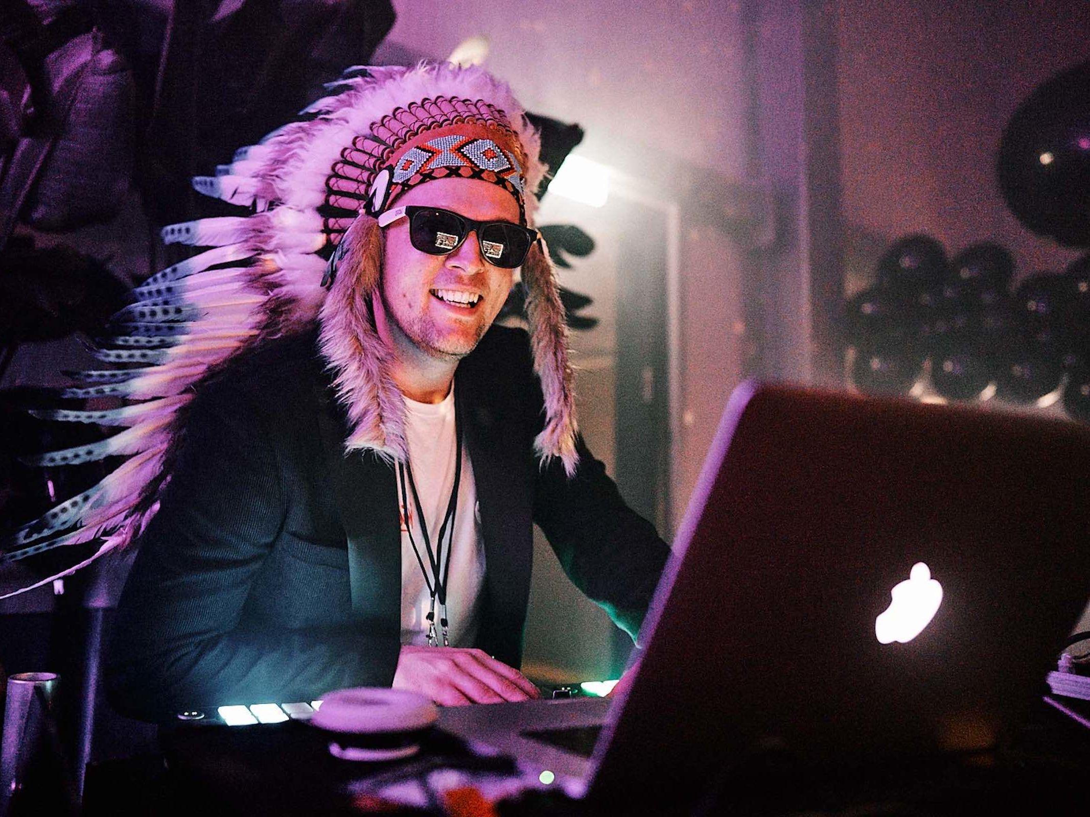 Hochzeits | DJ | Buchen | Hannover | Timm | Lehmann | DJ | Hochzeit | DJ | Geburtstag | DJ | Betriebsfeier | DJ | Buchen | Discjockey | Mieten | DJ | Agentur | Lehmann | Eventservice