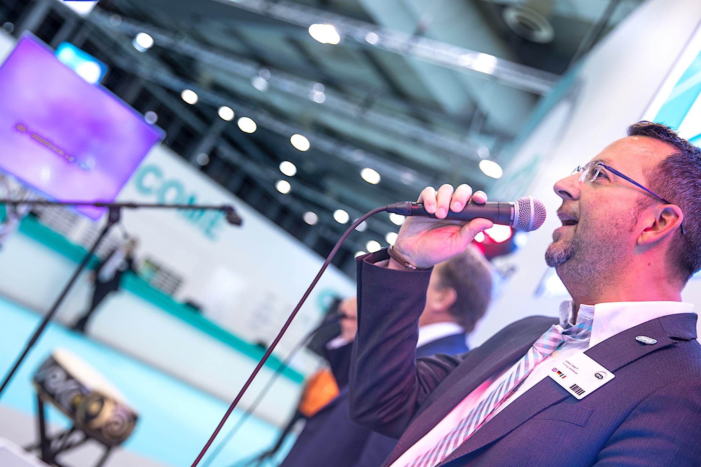 Karaoke | Maschine | Karaoke | Automat | Karaoke | Anlage | Karaokeanlage | Technik | Karaoke | Songs | Karaoke | Gerät | Leihen | Buchen | Mieten | Lehmann | Eventservice | Hannover