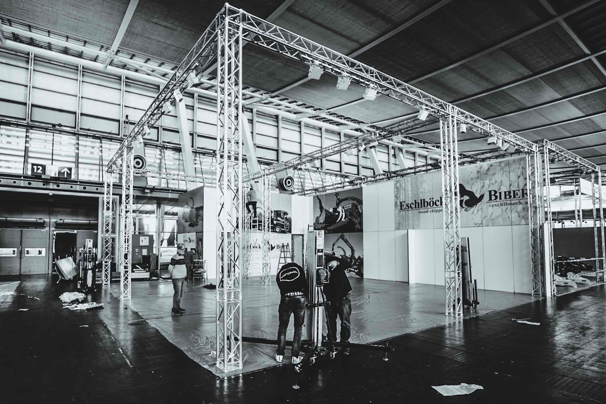 Messebau |Standbau |Messedesign |Traversen |Logistik |Lagerung |Aufbau |Mieten |Anfragen |Buchen |Messetechnik |Eventtechnik |Hannover |Lichttechnik |Lehmann |Eventservice