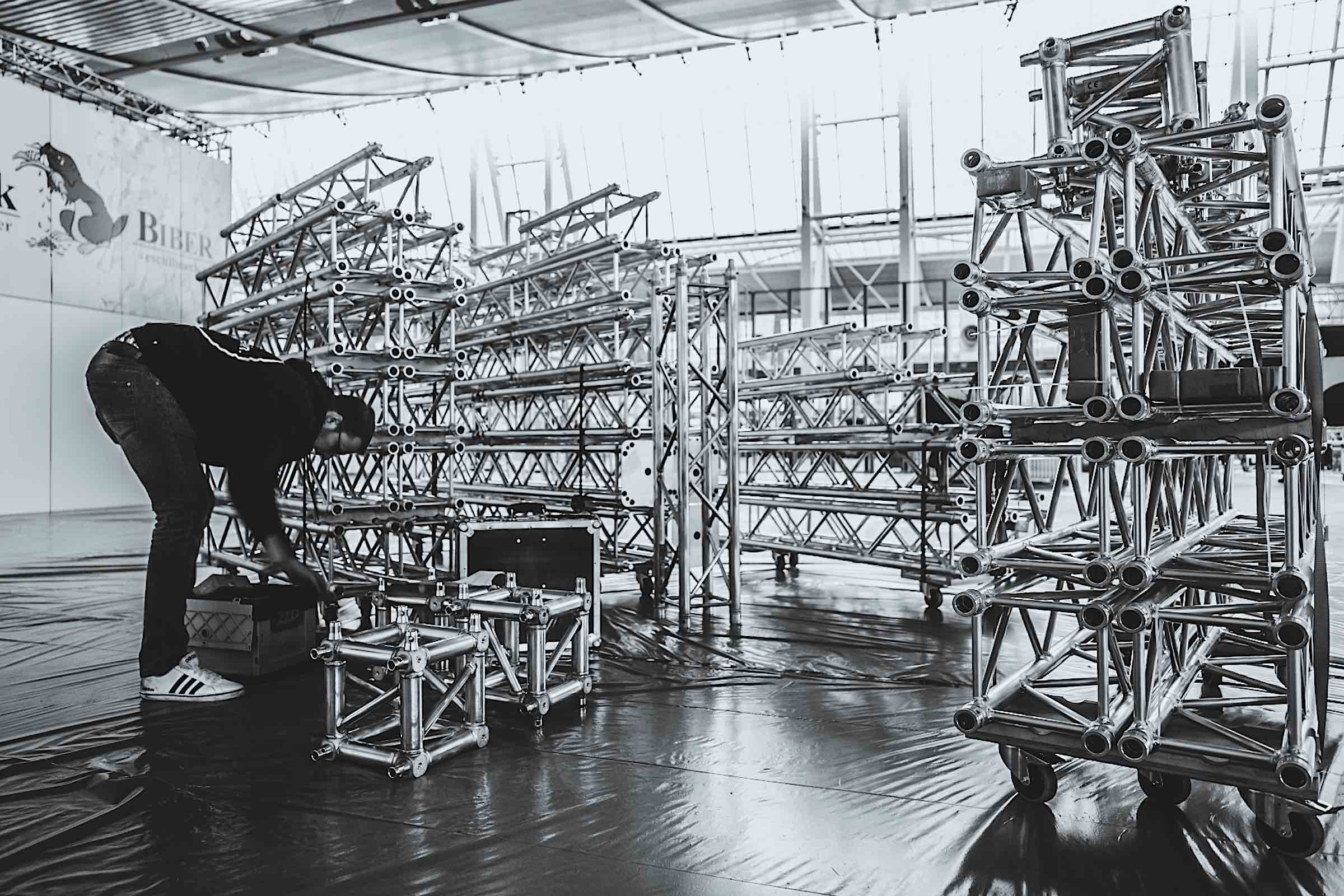 Messebau |Standbau |Messedesign |Traversen |Logistik |Lagerung |Aufbau |Mieten |Buchen |Anfragen |Messetechnik |Eventtechnik |Hannover |Lichttechnik |Lehmann |Eventservice