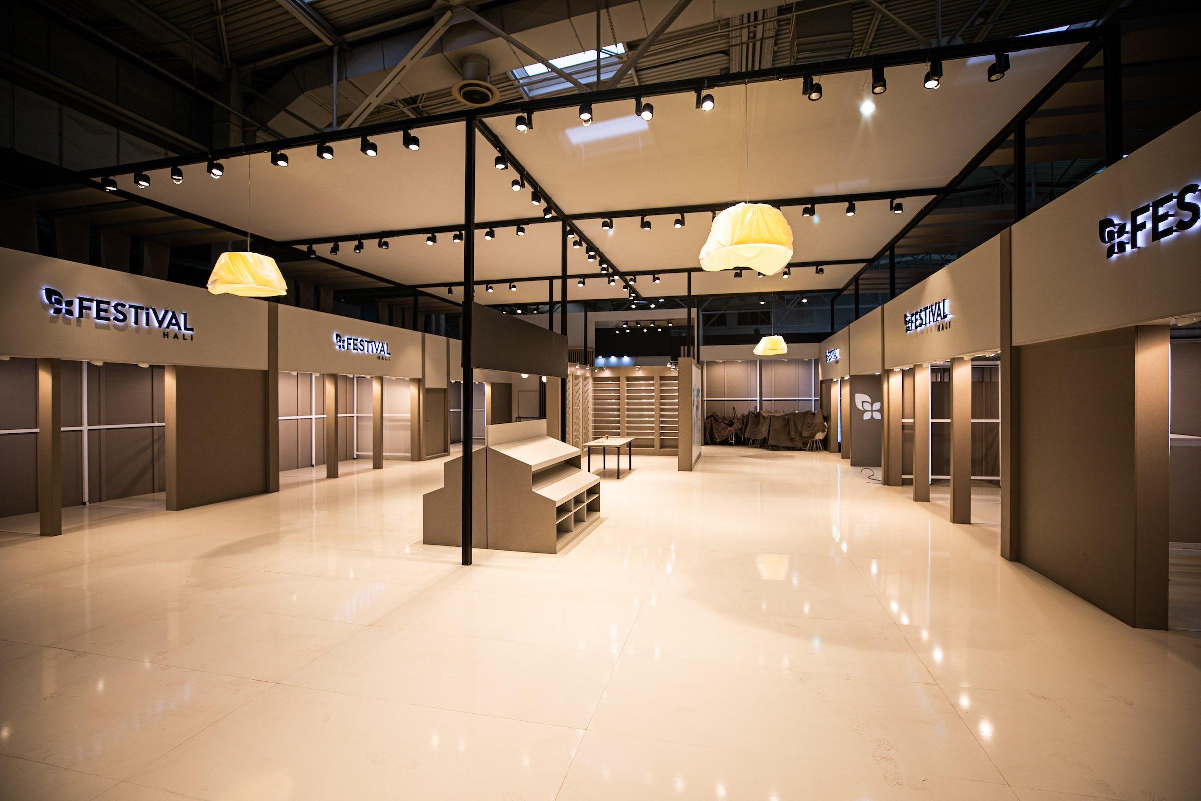 Messebauer | Messebau | Standbauer | Hannover | Traversen | Messetechnik | Lichttechnik | Tontechnik | Beschallung | Planung | Konzeption | Lieferung | 3D | CAD | Mieten | Buchen | Lehmann | Eventservice