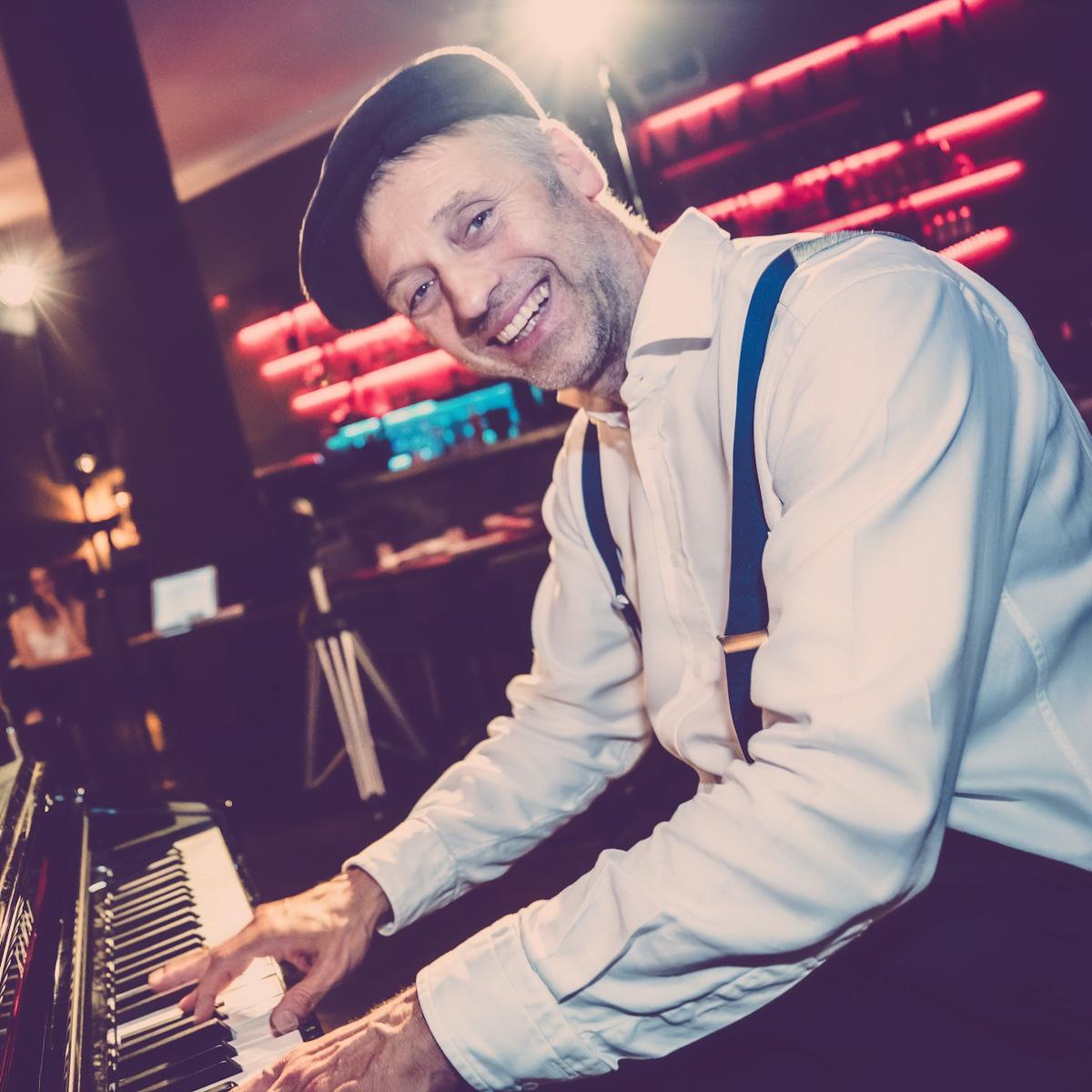 Pianist |Klavierspieler |Piano |Hannover |Buchen |Mieten |Anfragen |Firmenfeier |Gala |Charity |Empfang |Lehmann |Eventservice