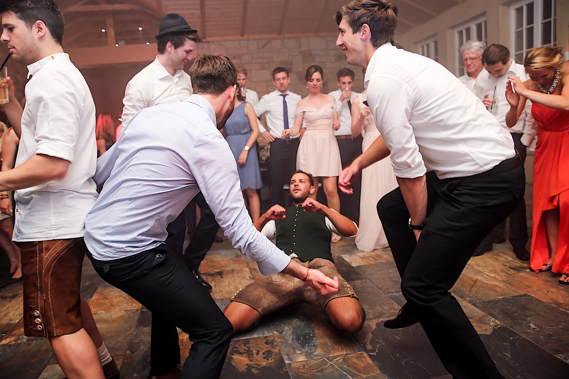 Schloss | Hammerstein | Apelern | Hochzeit | Geburtstag | Firmenfeier | Referenz | Location | DJ | Hannover | Fotografie | Party | Tanzfläche | Hochzeitsplanung | Hochzeitsplaner | Lehmann | Eventservice